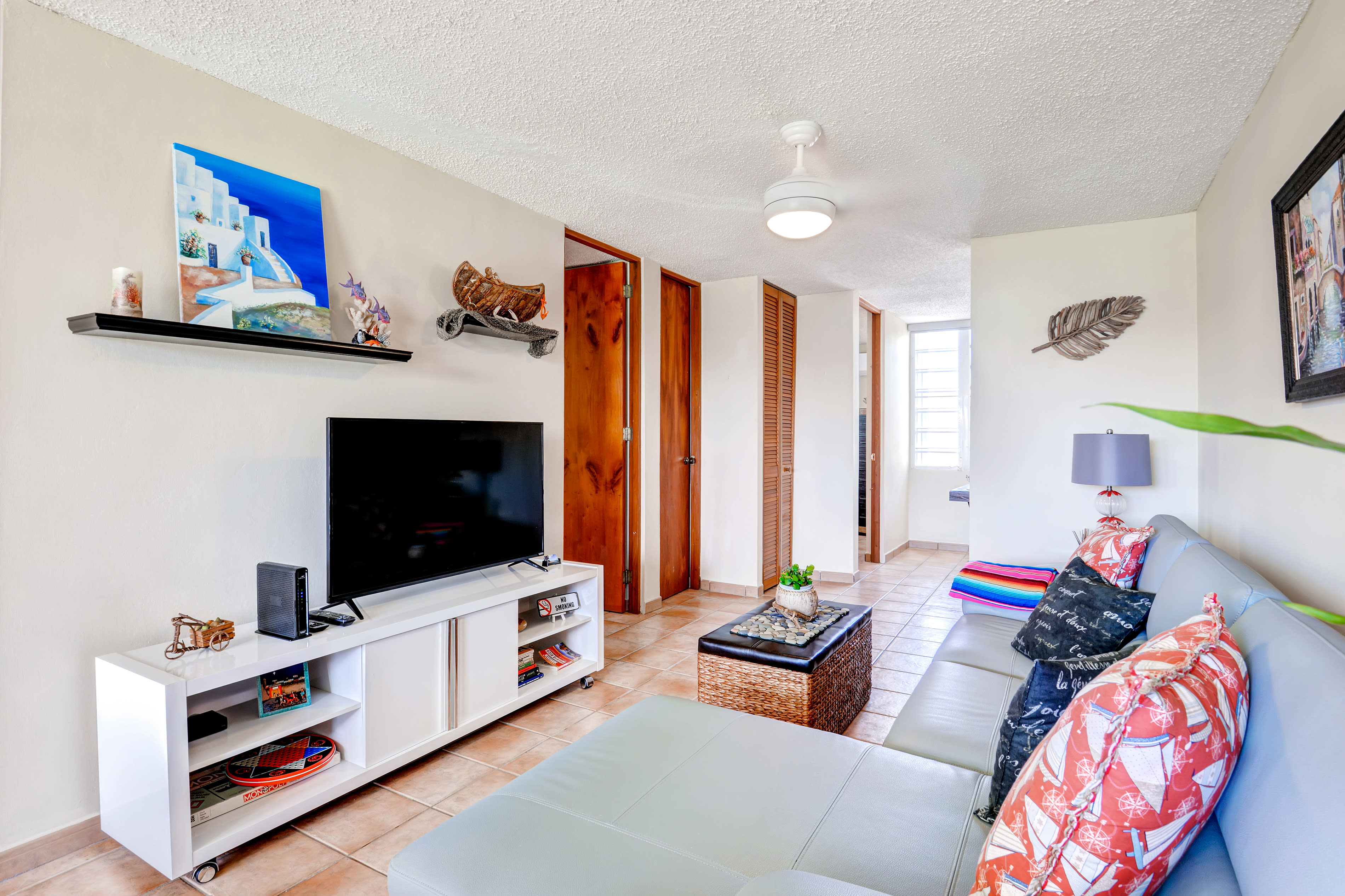 Living Room | 50-Inch LED High-Def TV w/ Cable