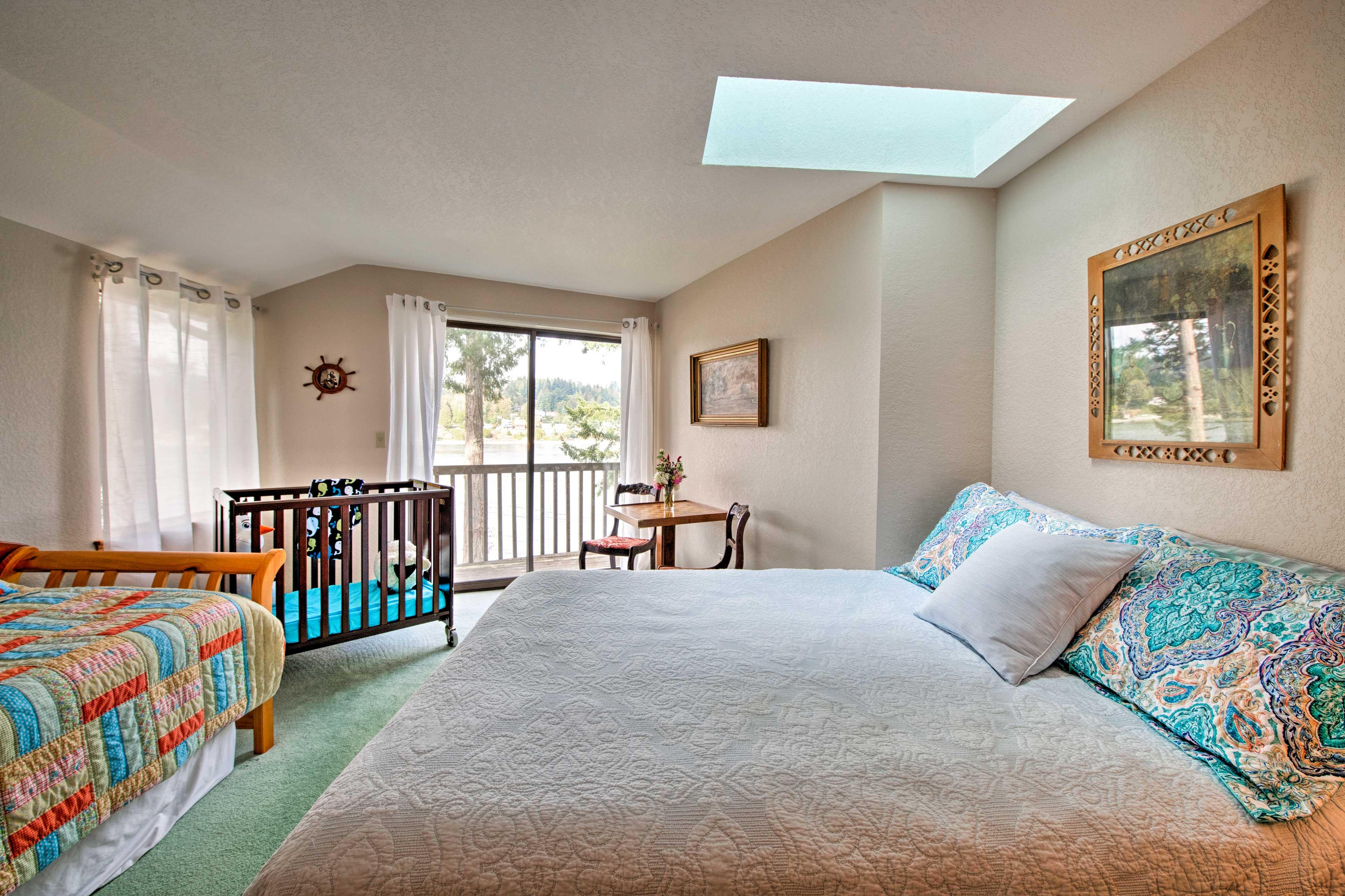 Bedroom 2 | 2nd Floor | Queen Bed | Twin Day Bed | Additional Sleeping: Crib