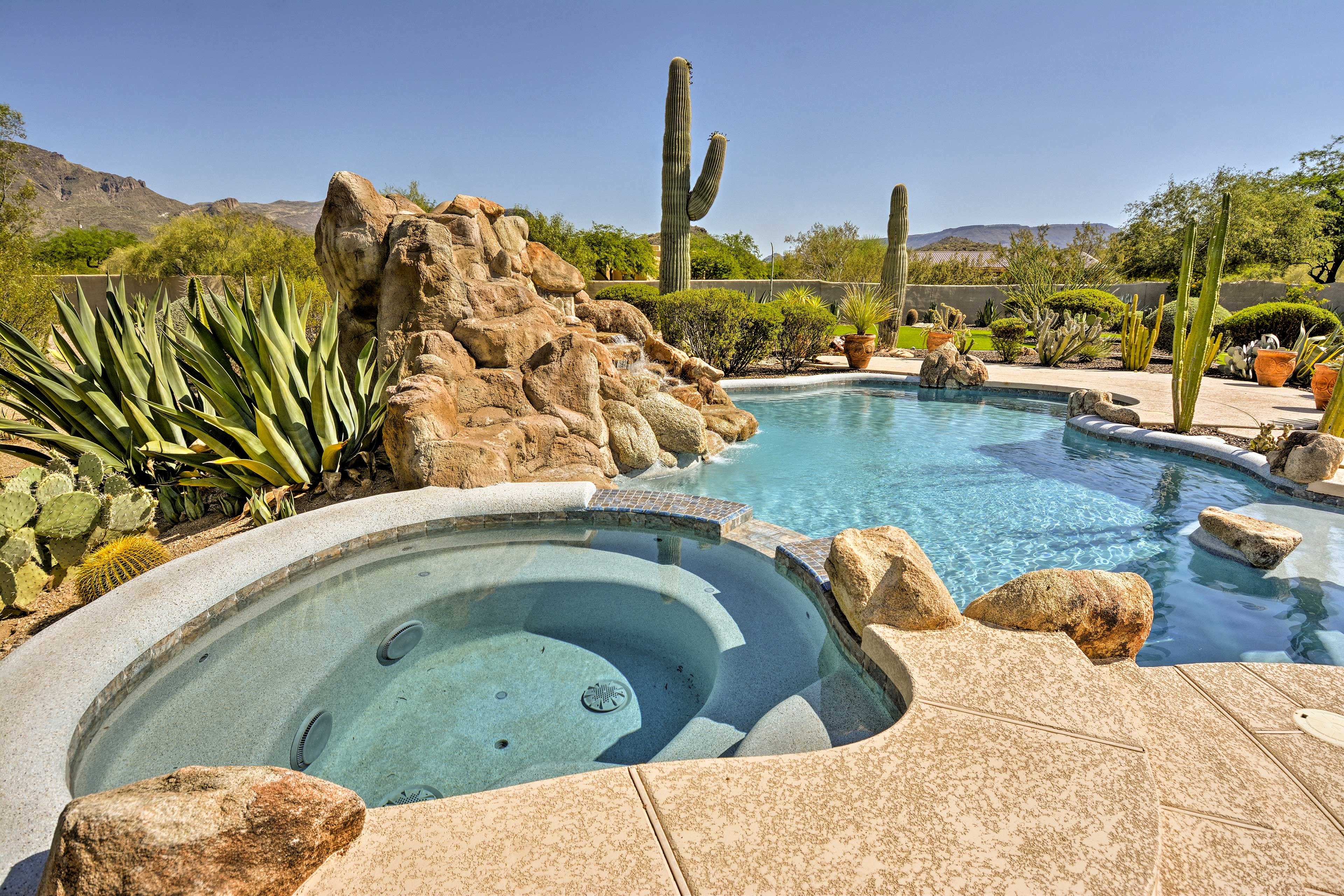 Cave Creek Vacation Rental   Home   4BR   4.5BA   4,500 Sq Ft   Step-Free Access