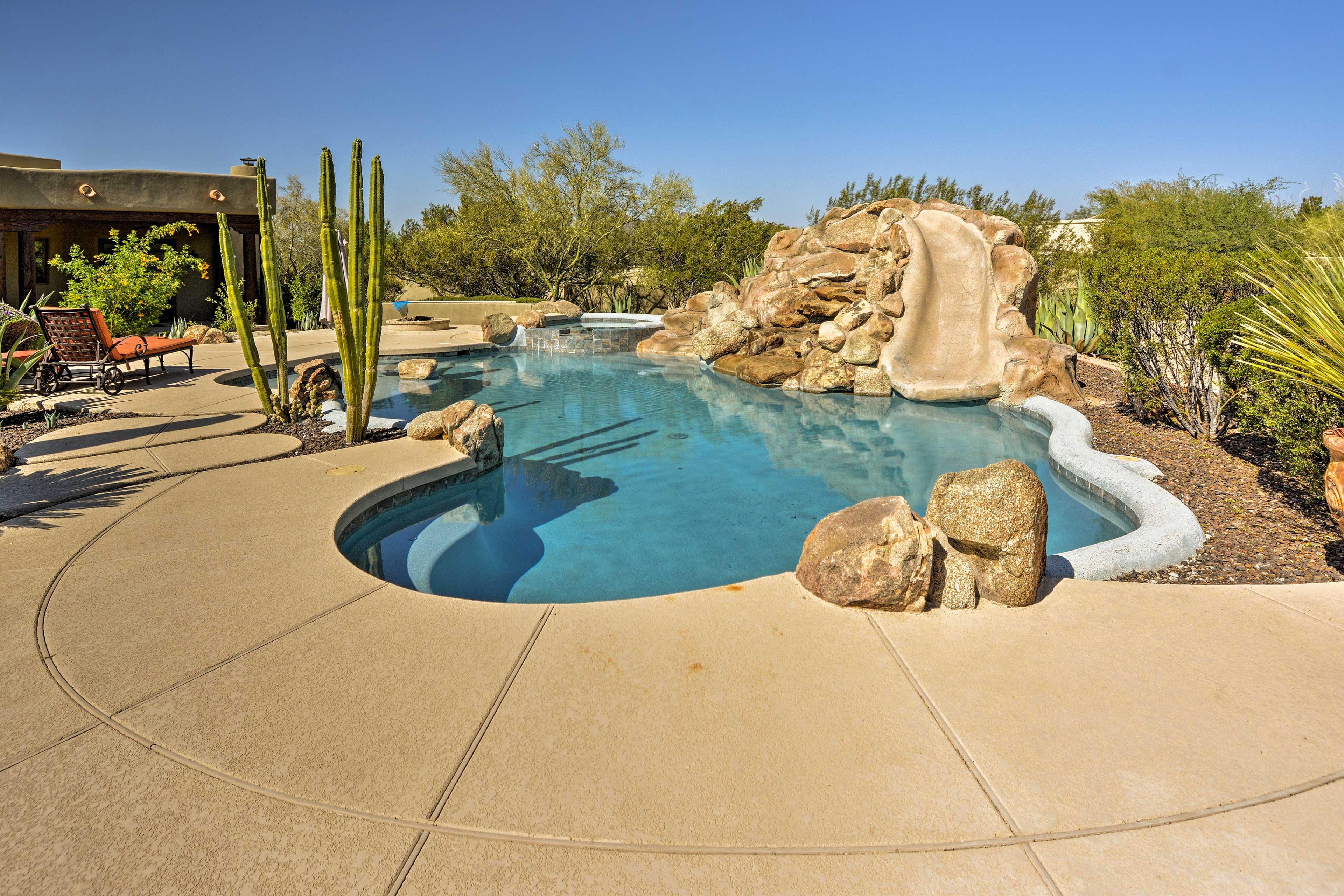 Outdoor Oasis   Swimming Pool w/ Slide (Heated w/ Fee)