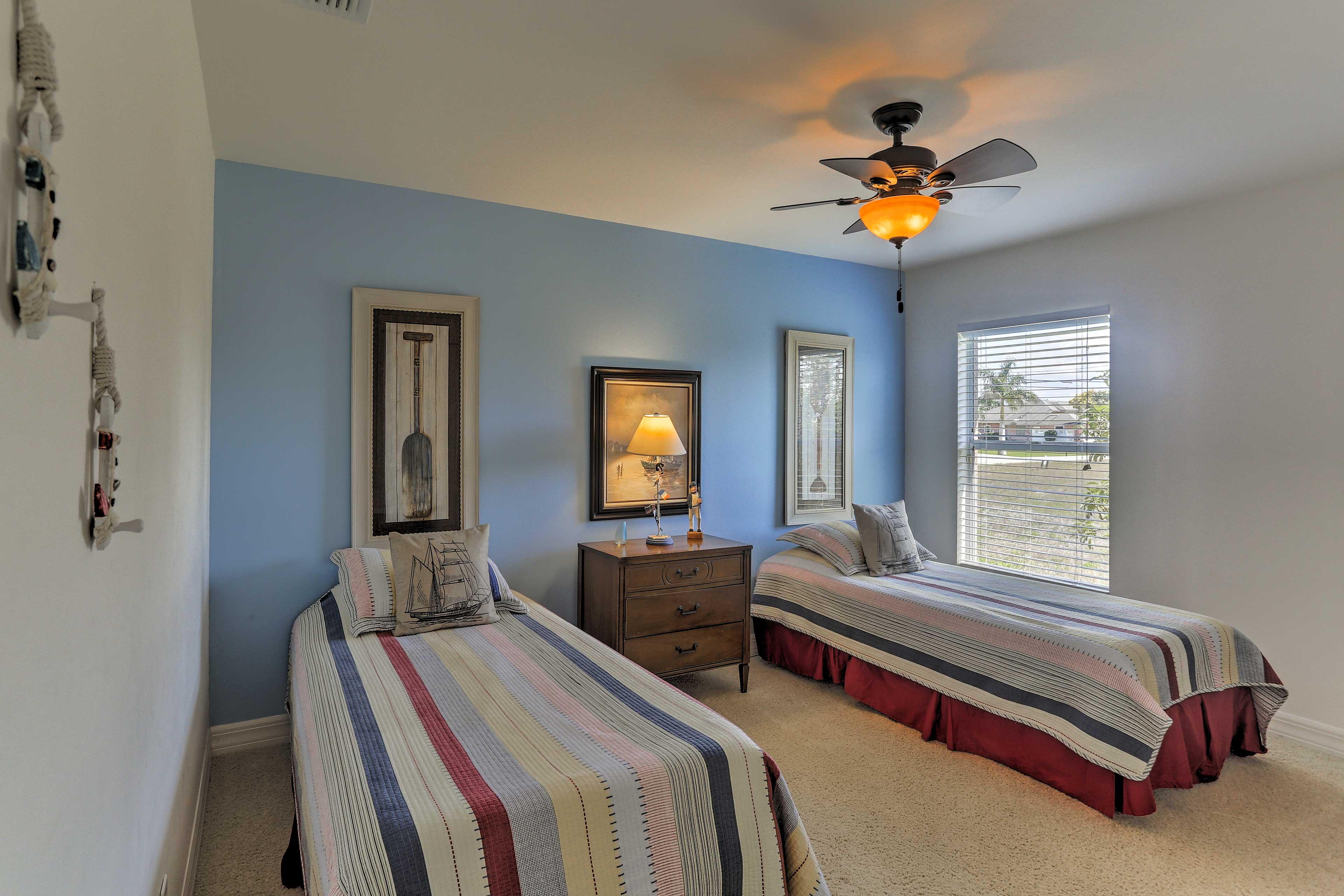 Bedroom 3 | 2 Twin Beds