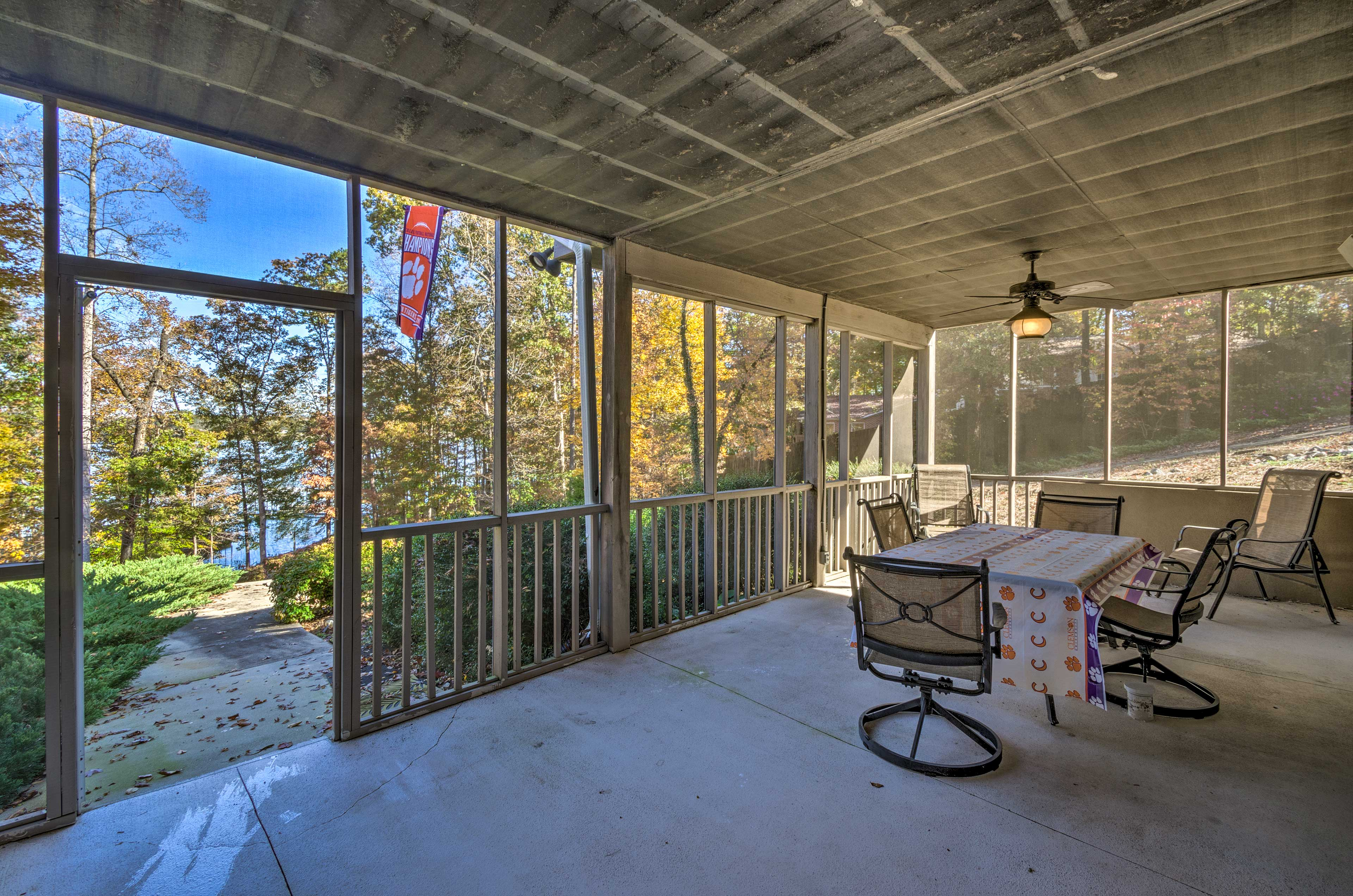 Covered Screened Porch | Walk-out Lake Access