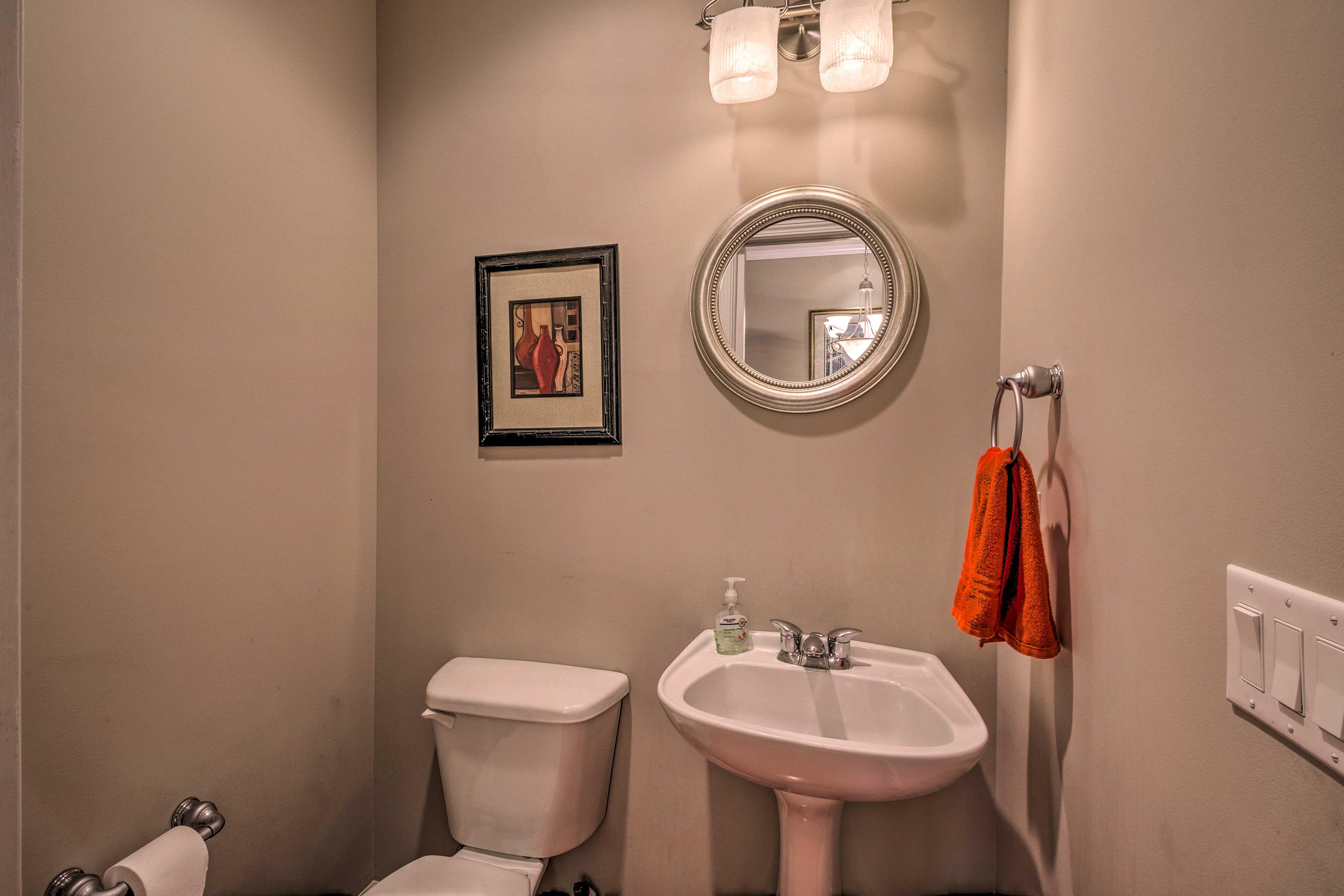 Half Bathroom | Main Floor