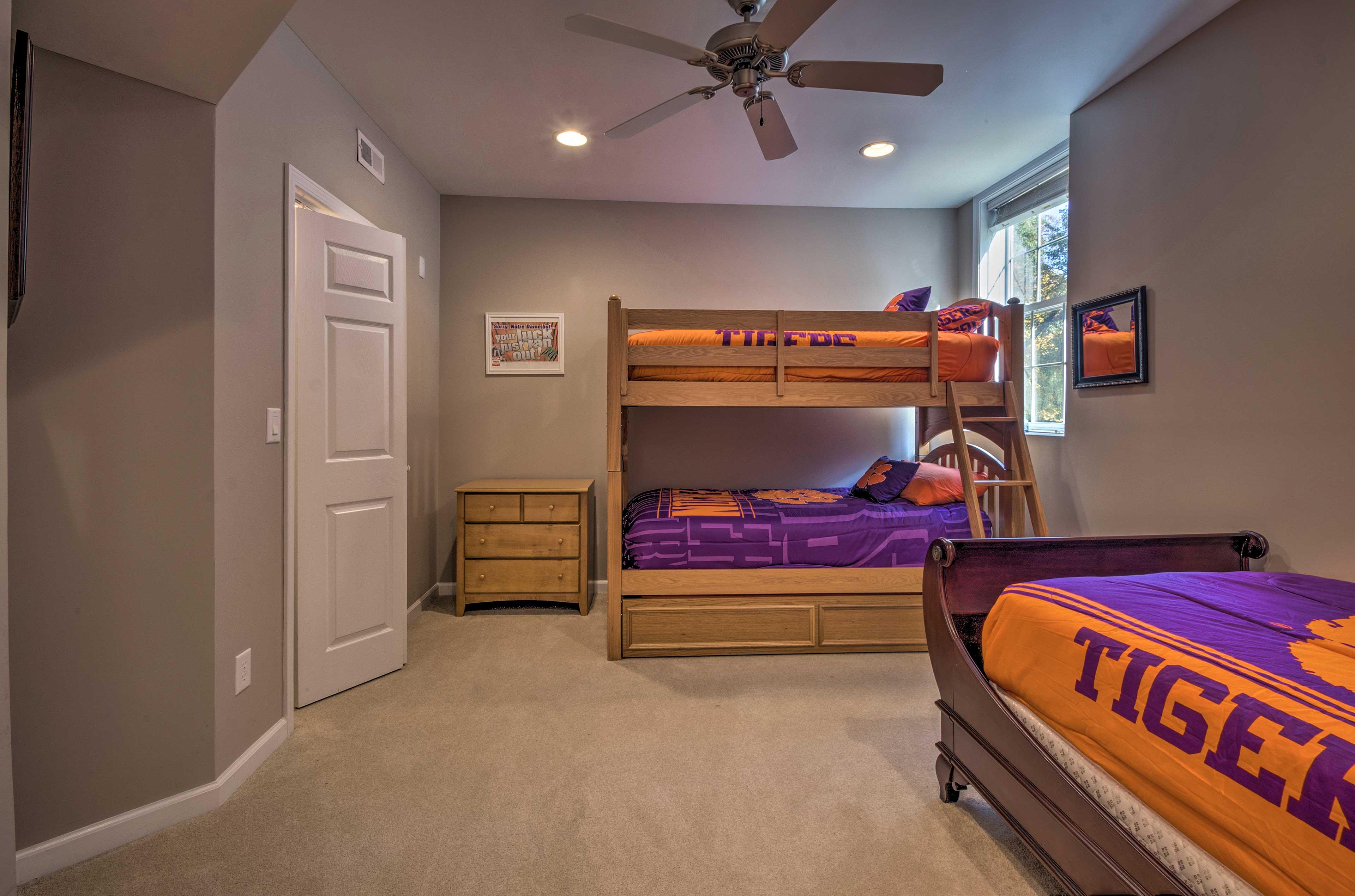 Bedroom 3 | Linens Provided