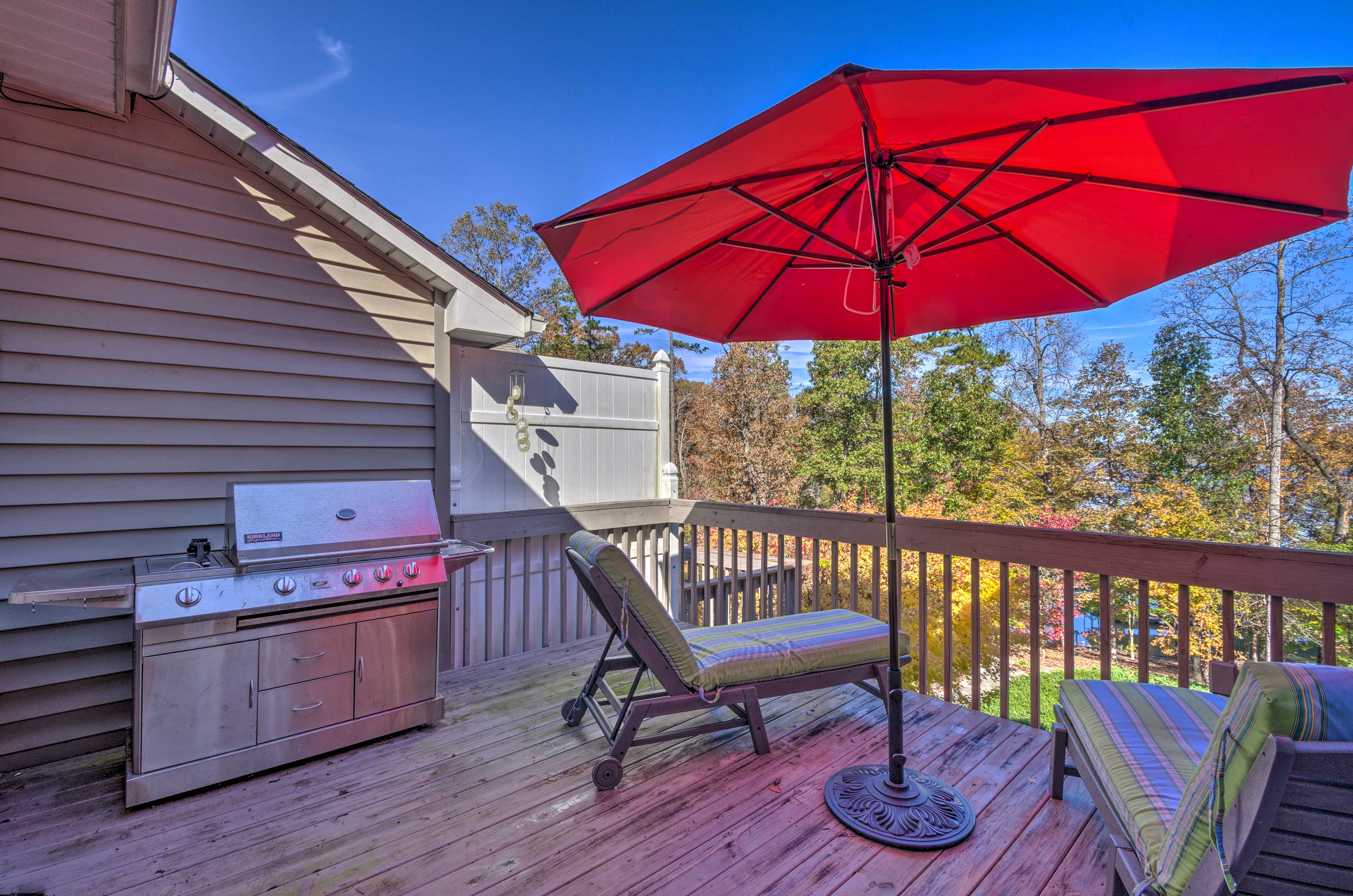 Furnished Deck | Gas Grill