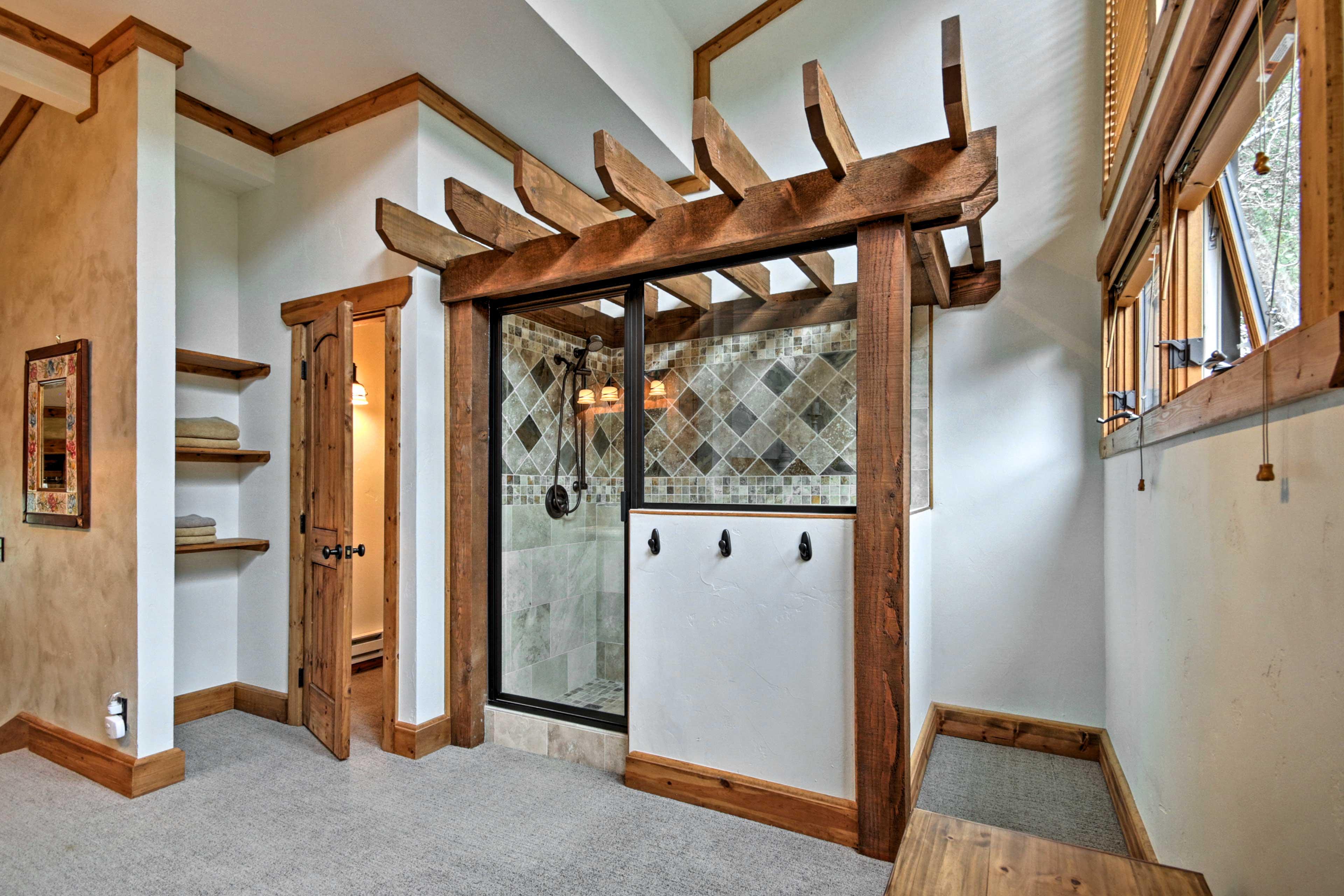 En-Suite Bathroom | Walk-In Shower