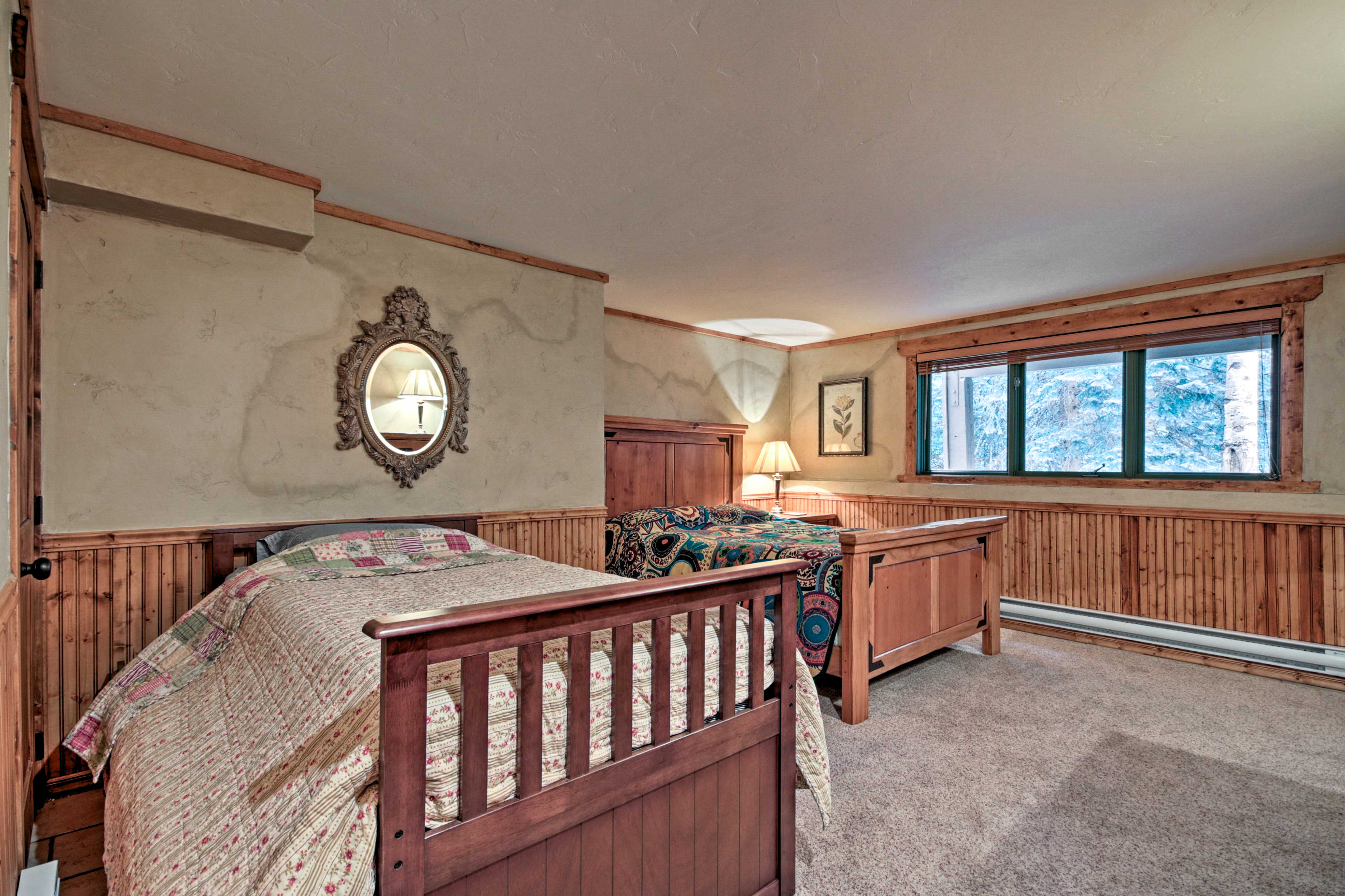 Bedroom 2 | Queen Bed | Twin Bed w/ Twin Trundle | 1st Level