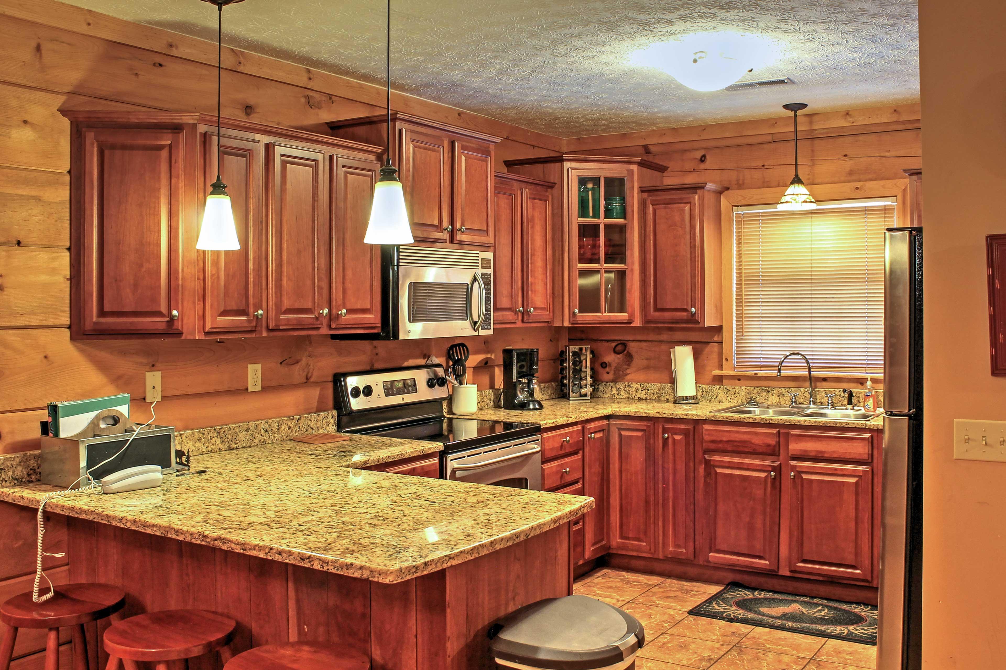 Kitchen | Dishware & Flatware