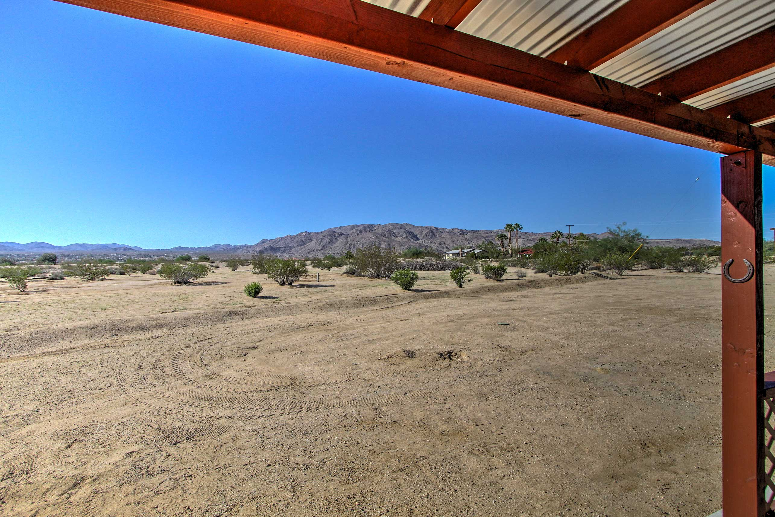 Covered Patio | 2.5 Acres