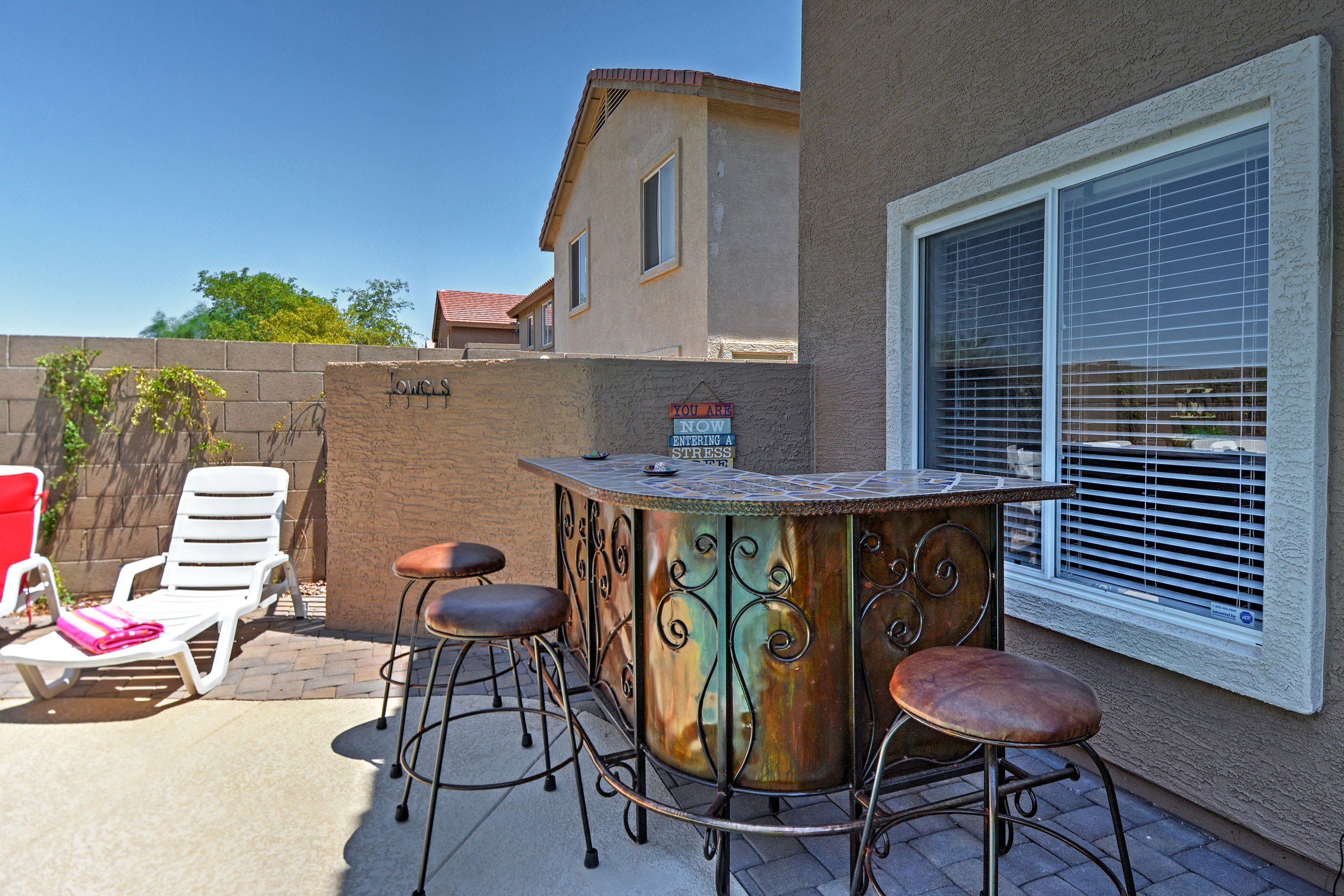 You'll love this property's new outdoor wet bar!