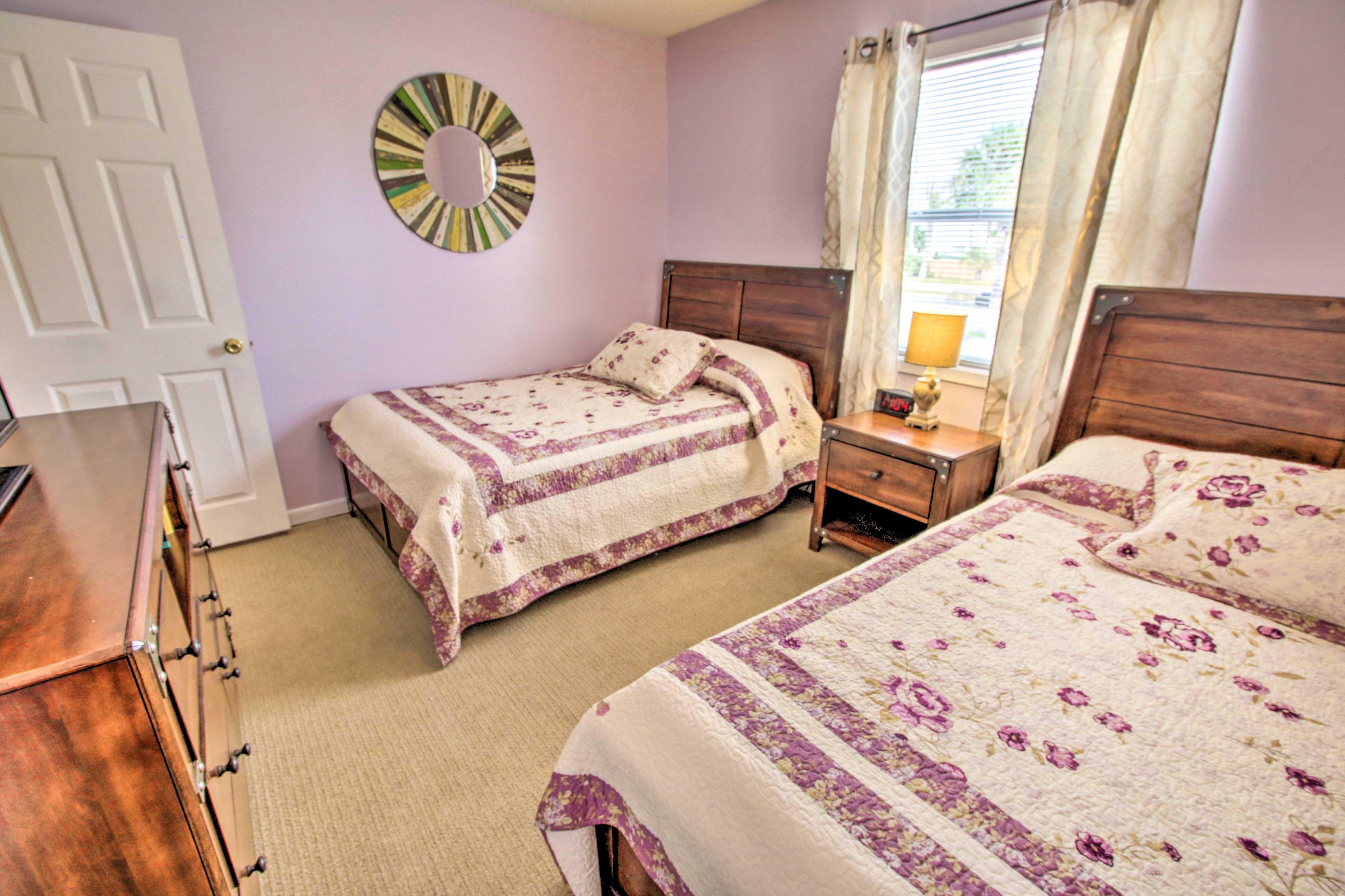 Bedroom 2 | 2 Full Beds | Linens Provided