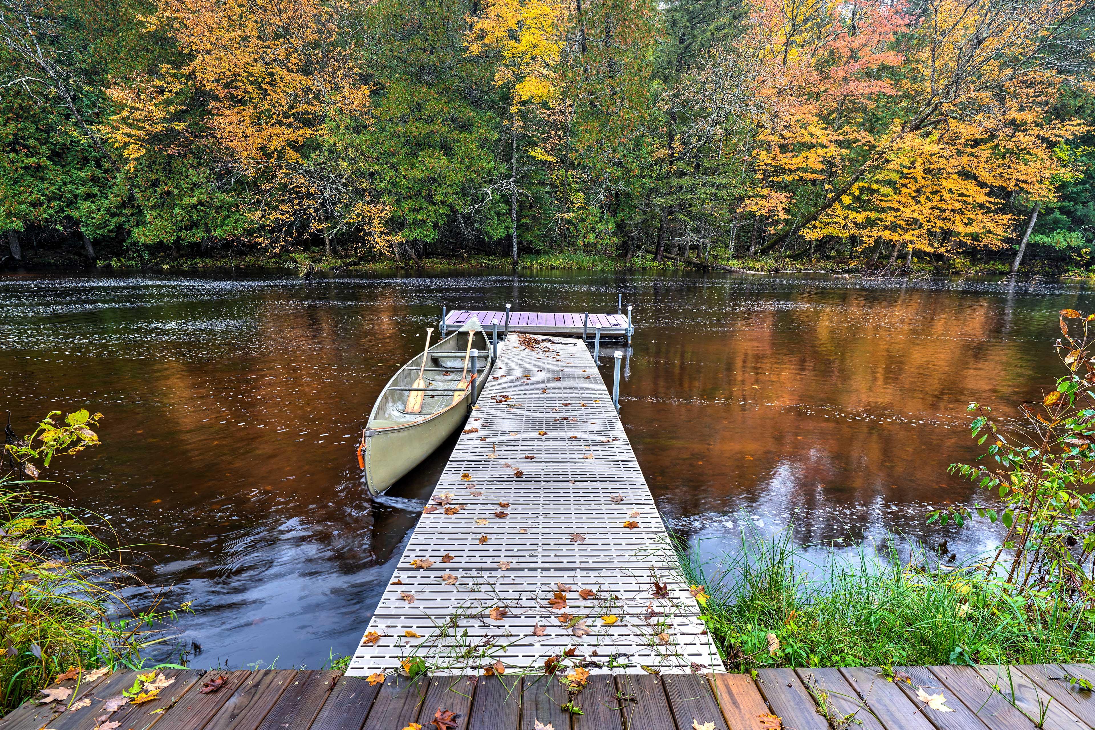 Dock | Canoes
