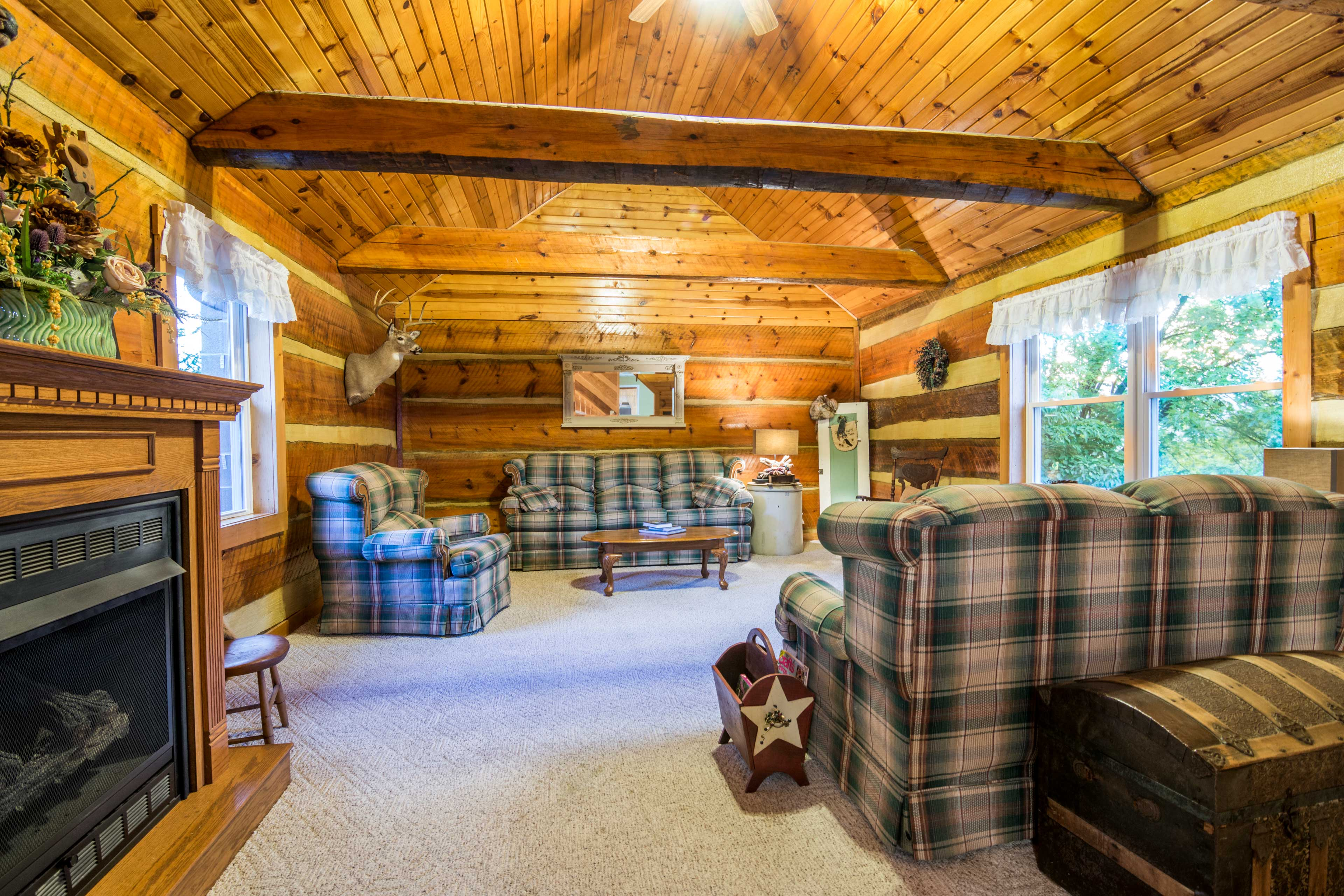 Living Room   Cabin Decor