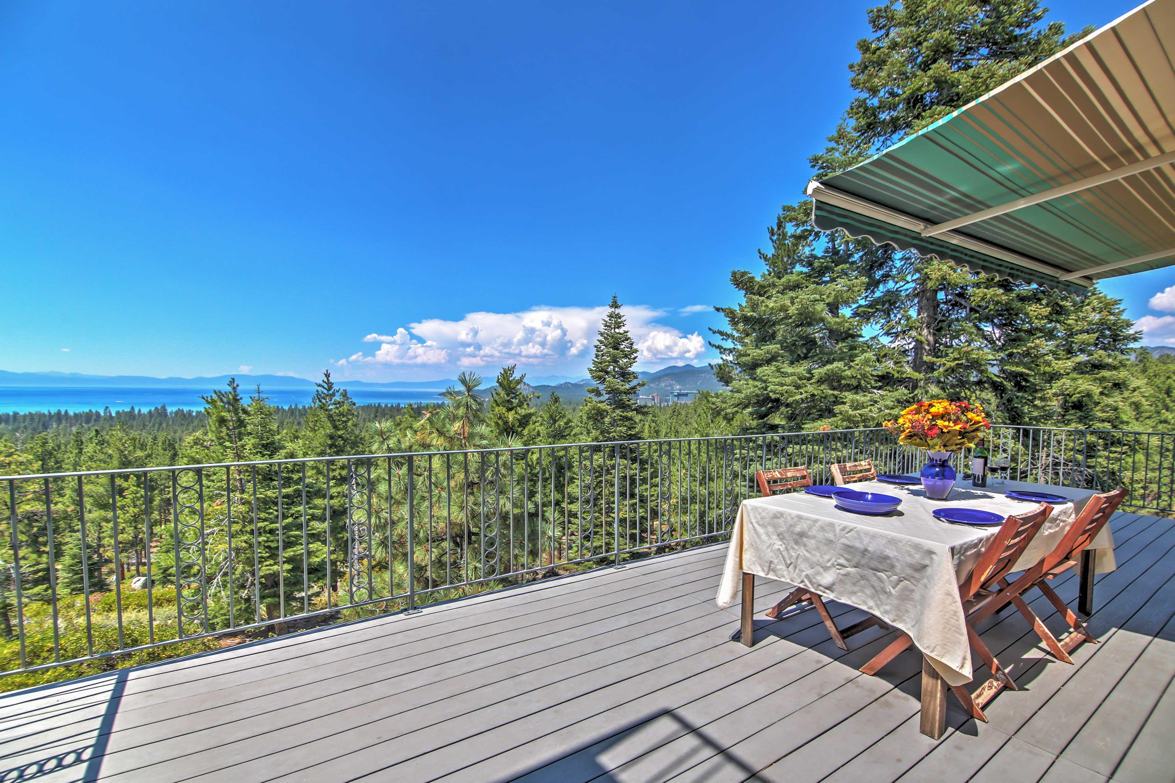 South Lake Tahoe Vacation Rental   4BR   3BA   3,700 Sq Ft   2 Stories