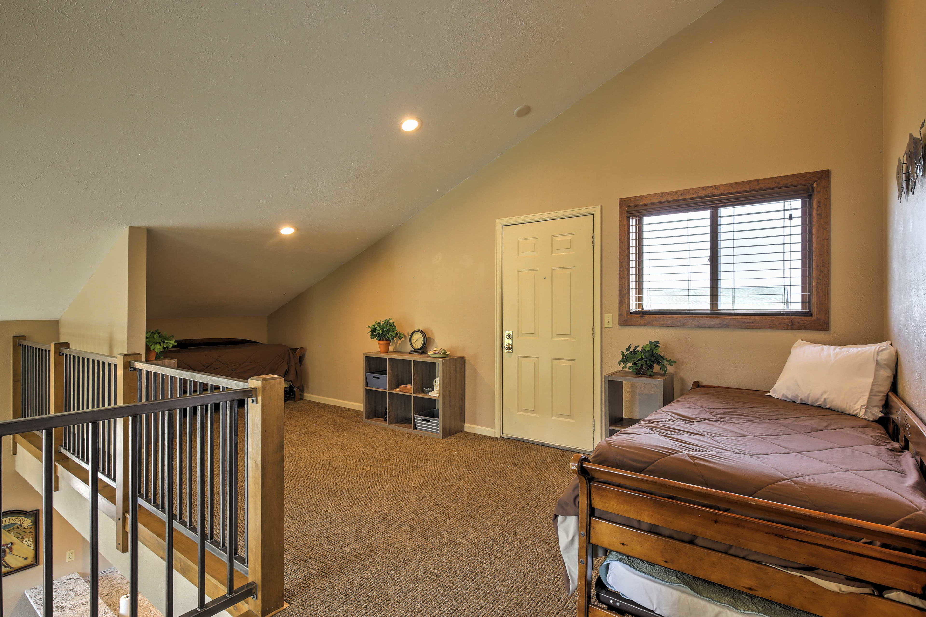 Loft | 2 Twin Beds w/ Twin Trundle Beds