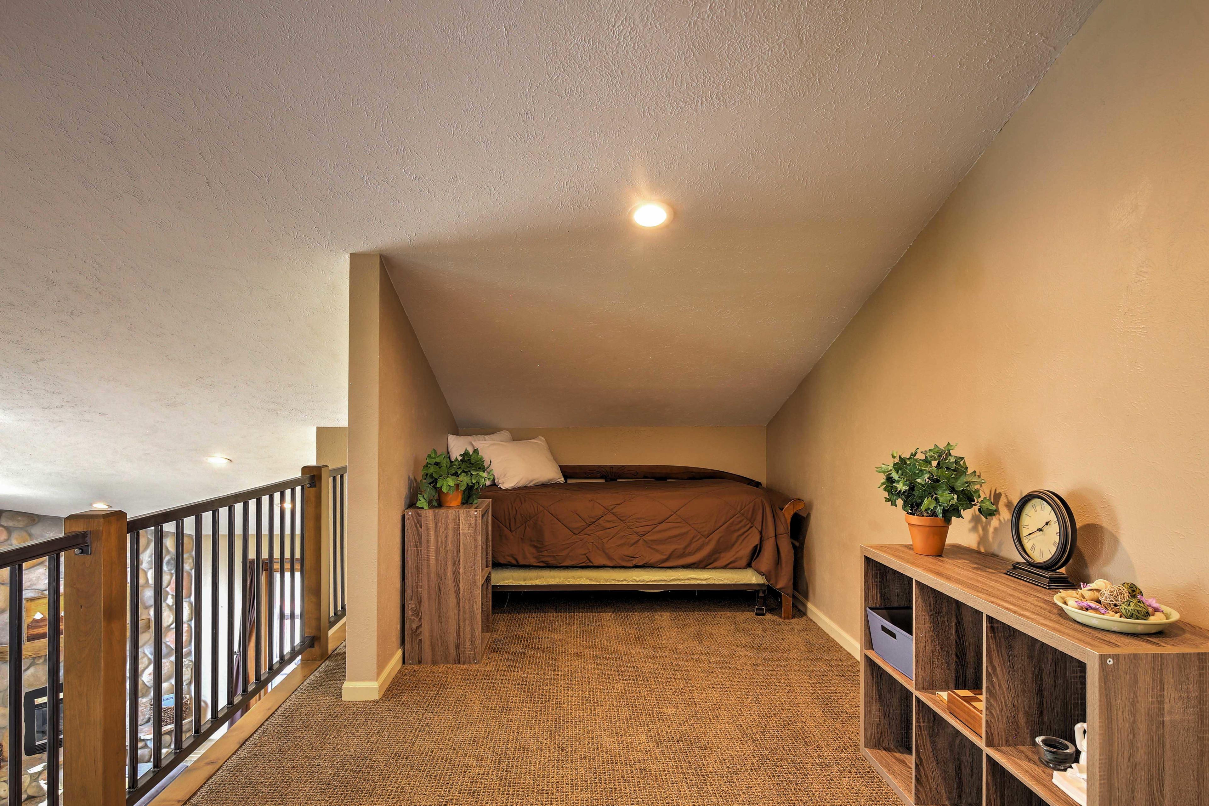 Loft | Access to Balcony