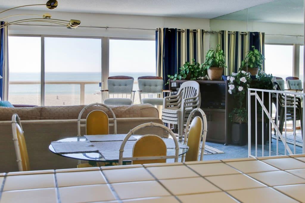 Dining Area   Ocean Views