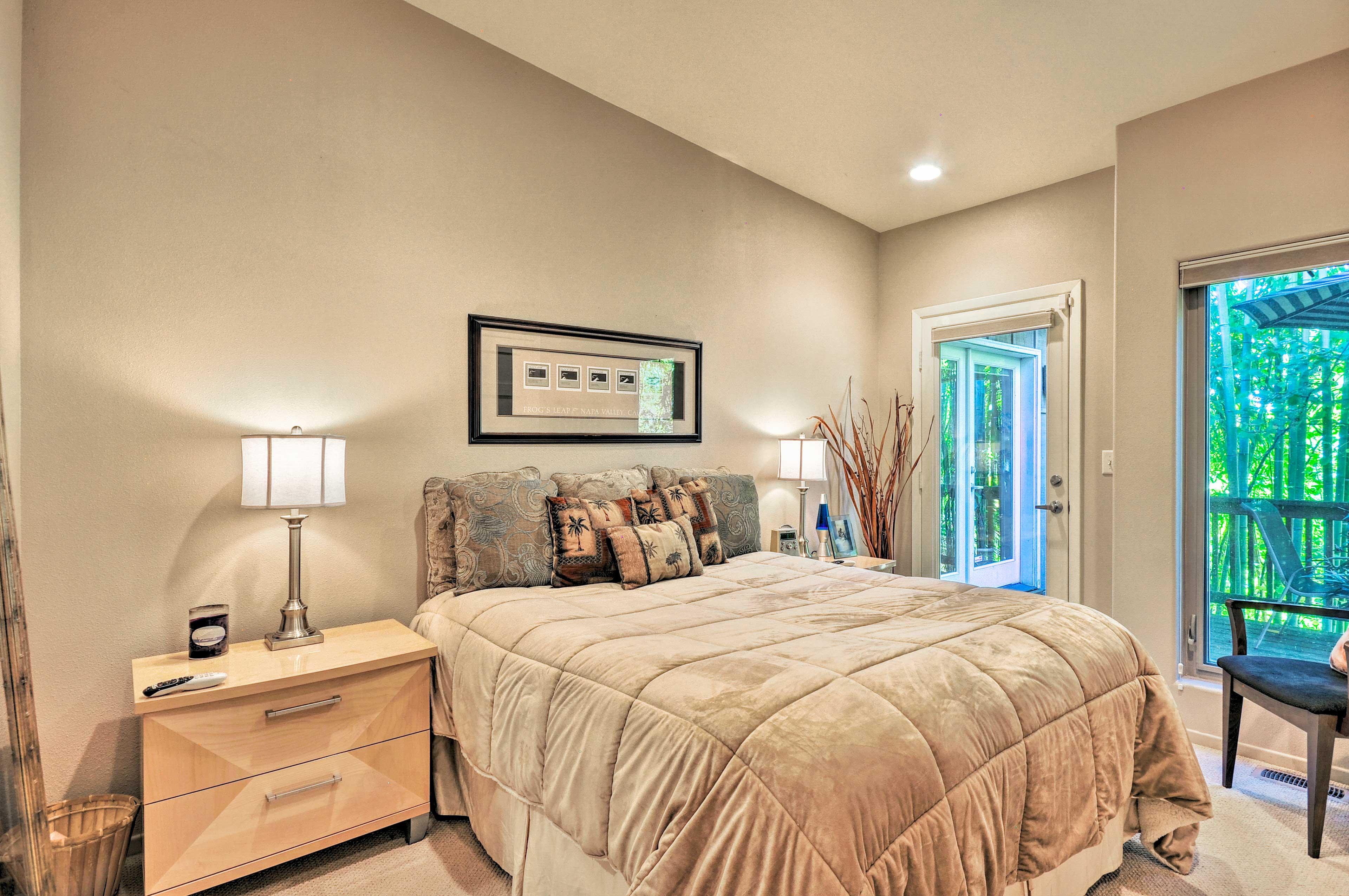 Bedroom 2   California King Pillowtop Bed