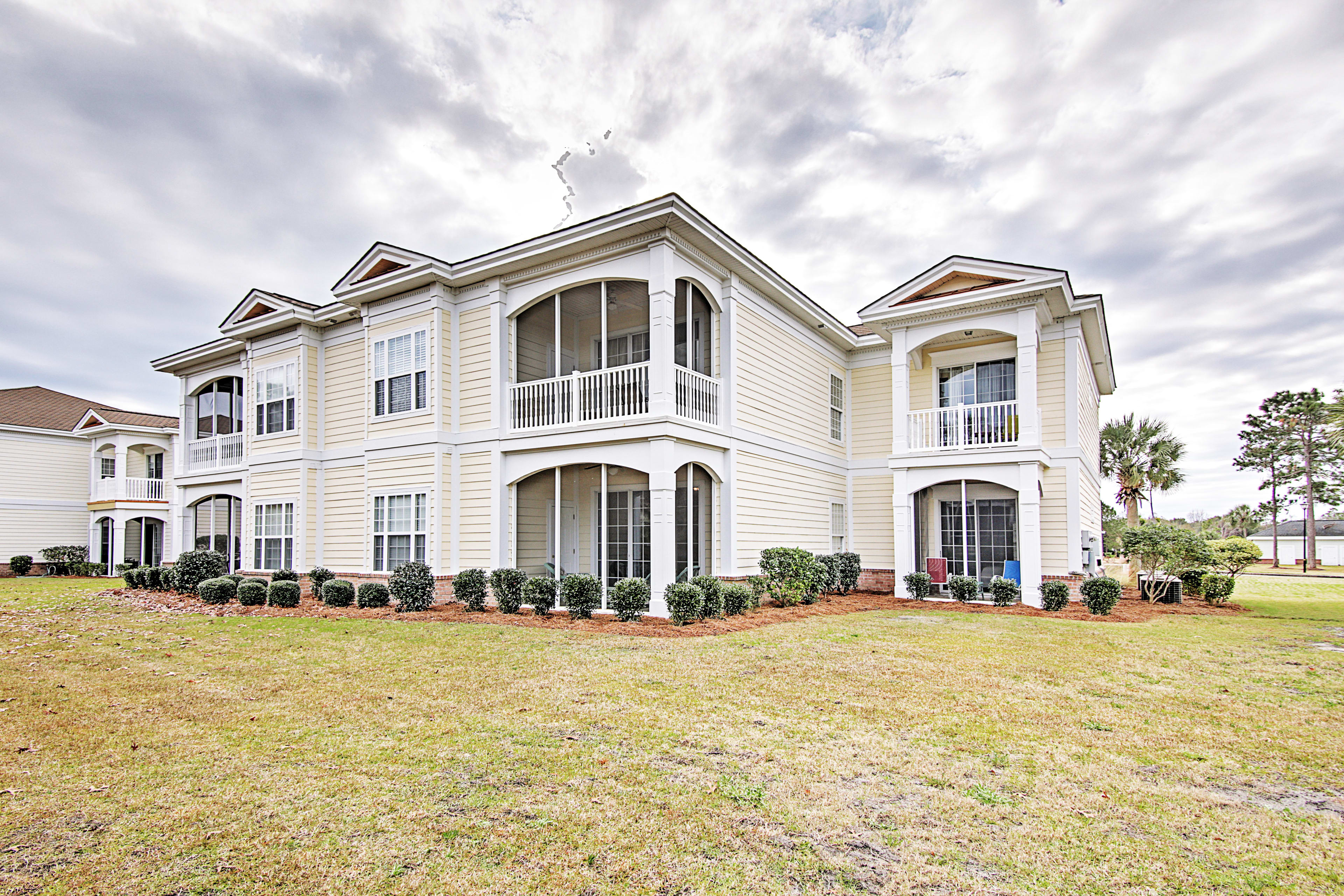 Book this delightful Pawleys Island vacation rental condo for your next retreat!