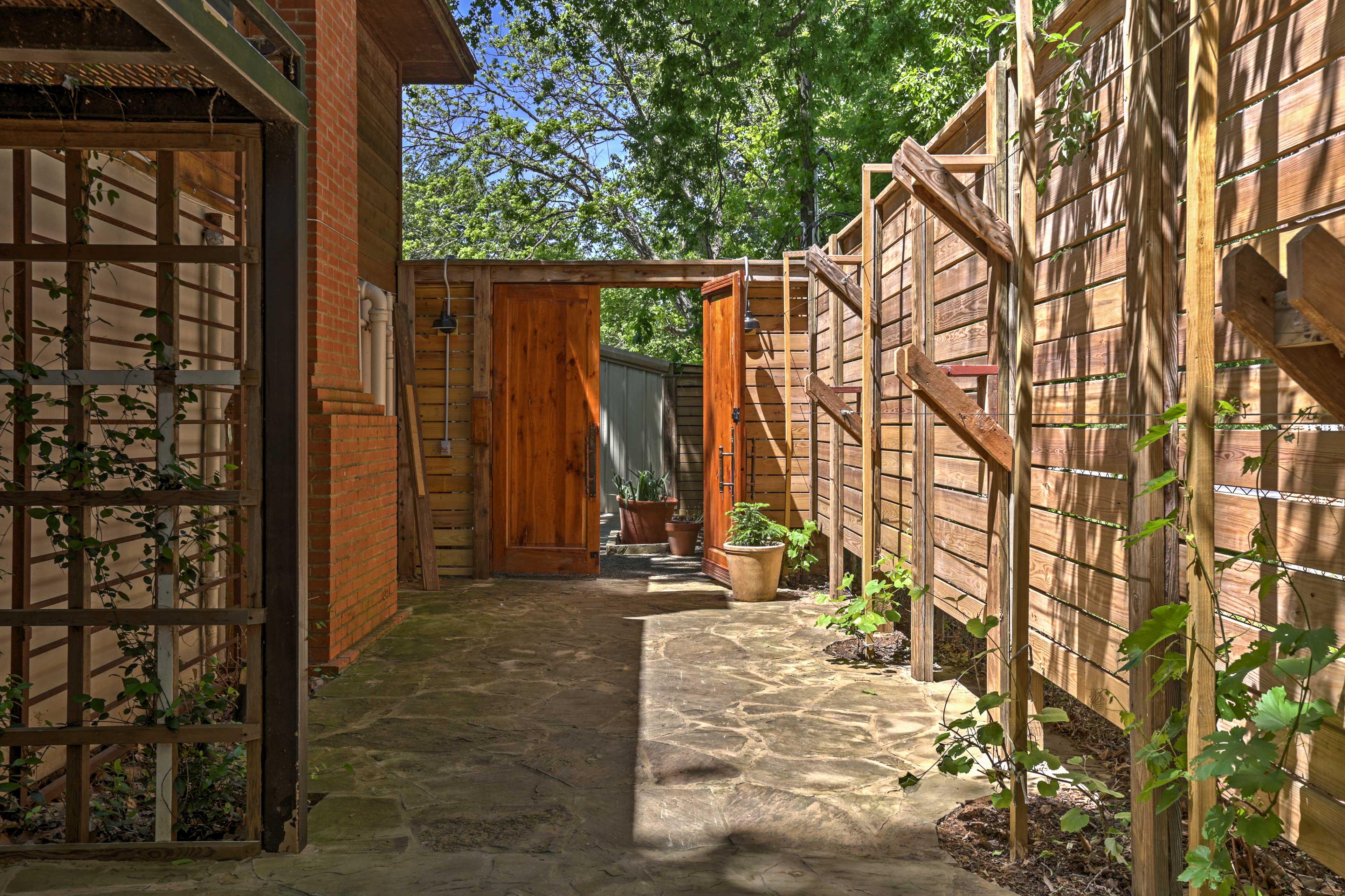 Outdoor Space | Secret Garden