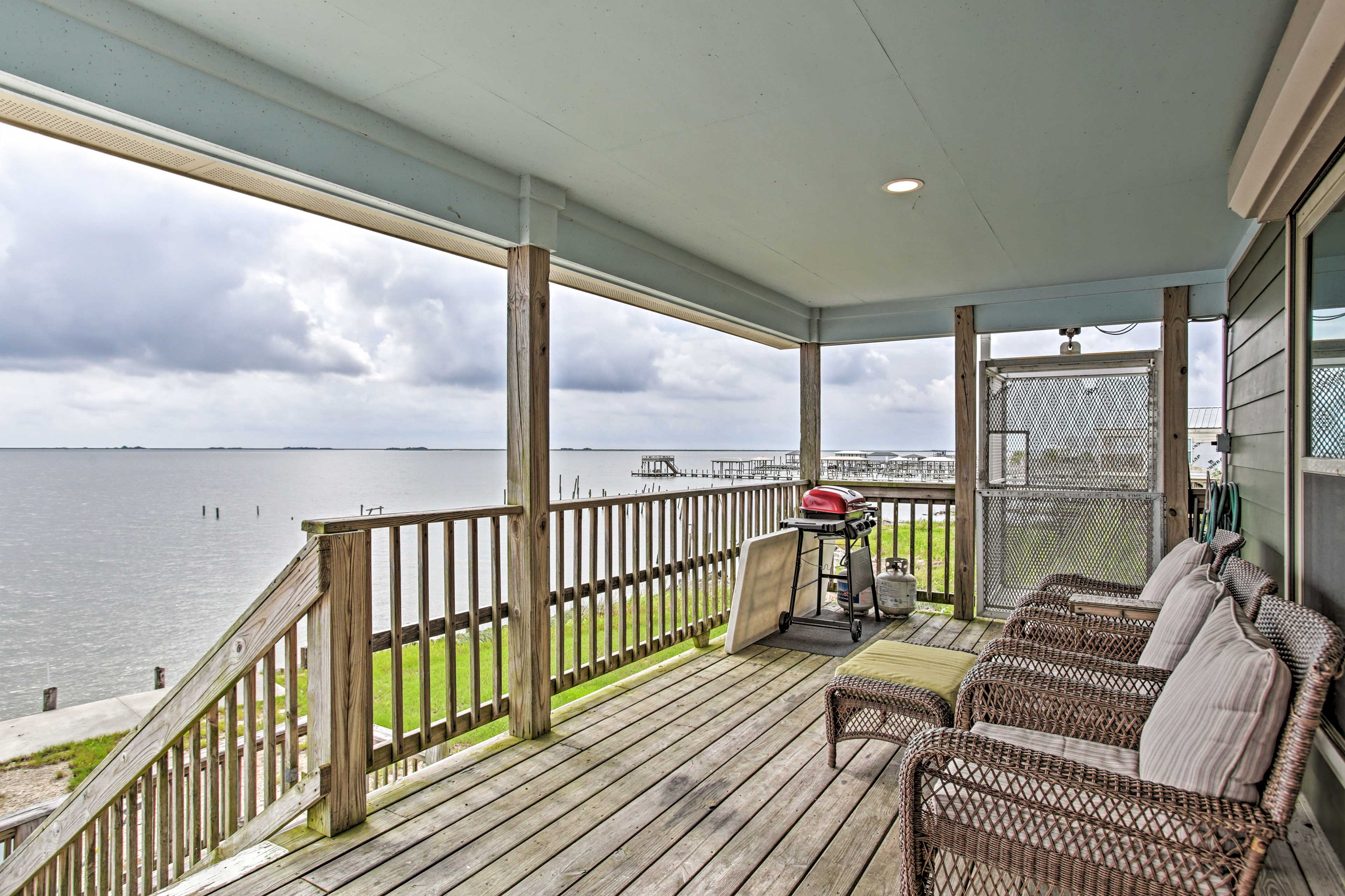 Private, Covered Deck