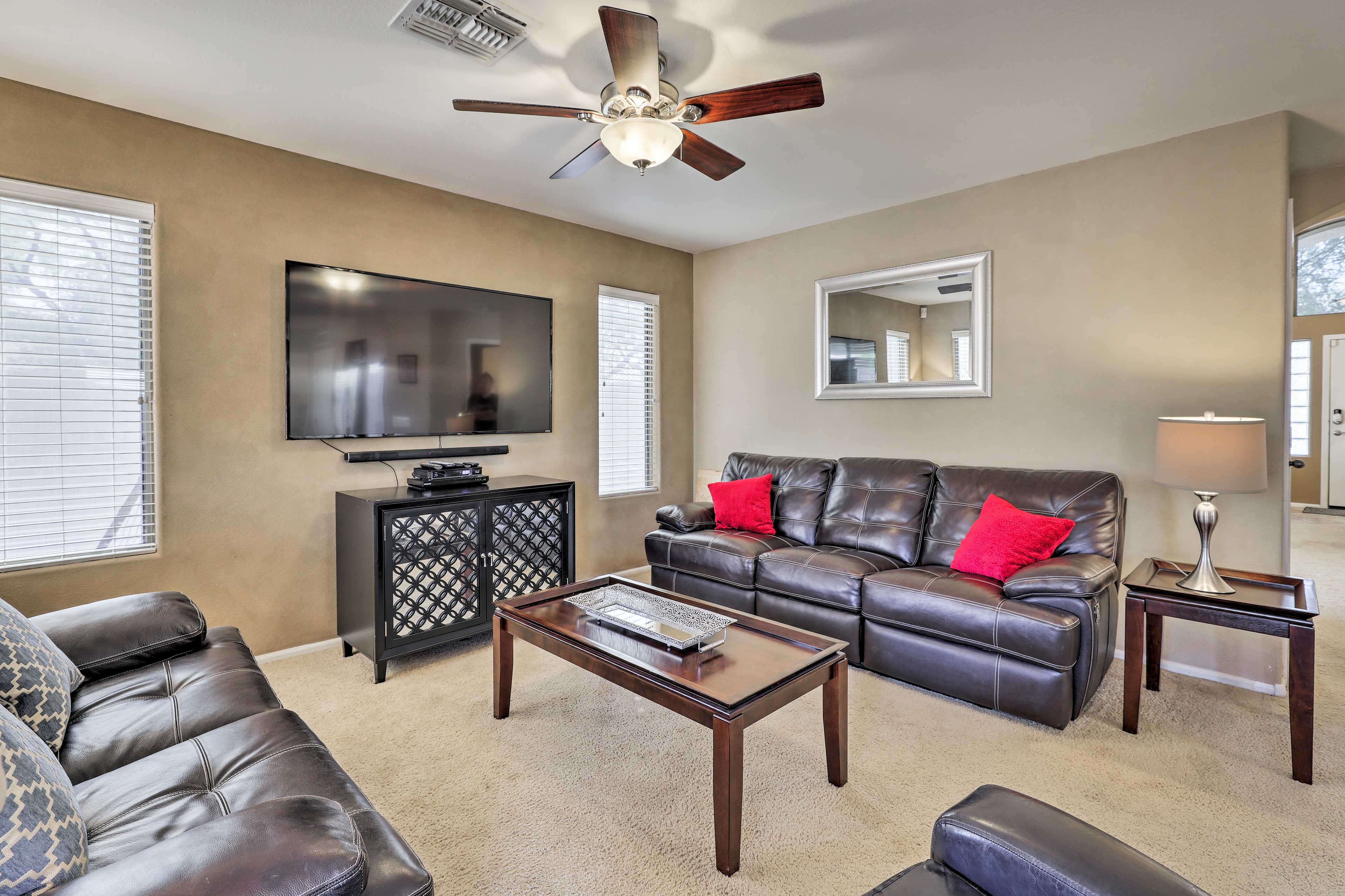 Living Room   Smart TV