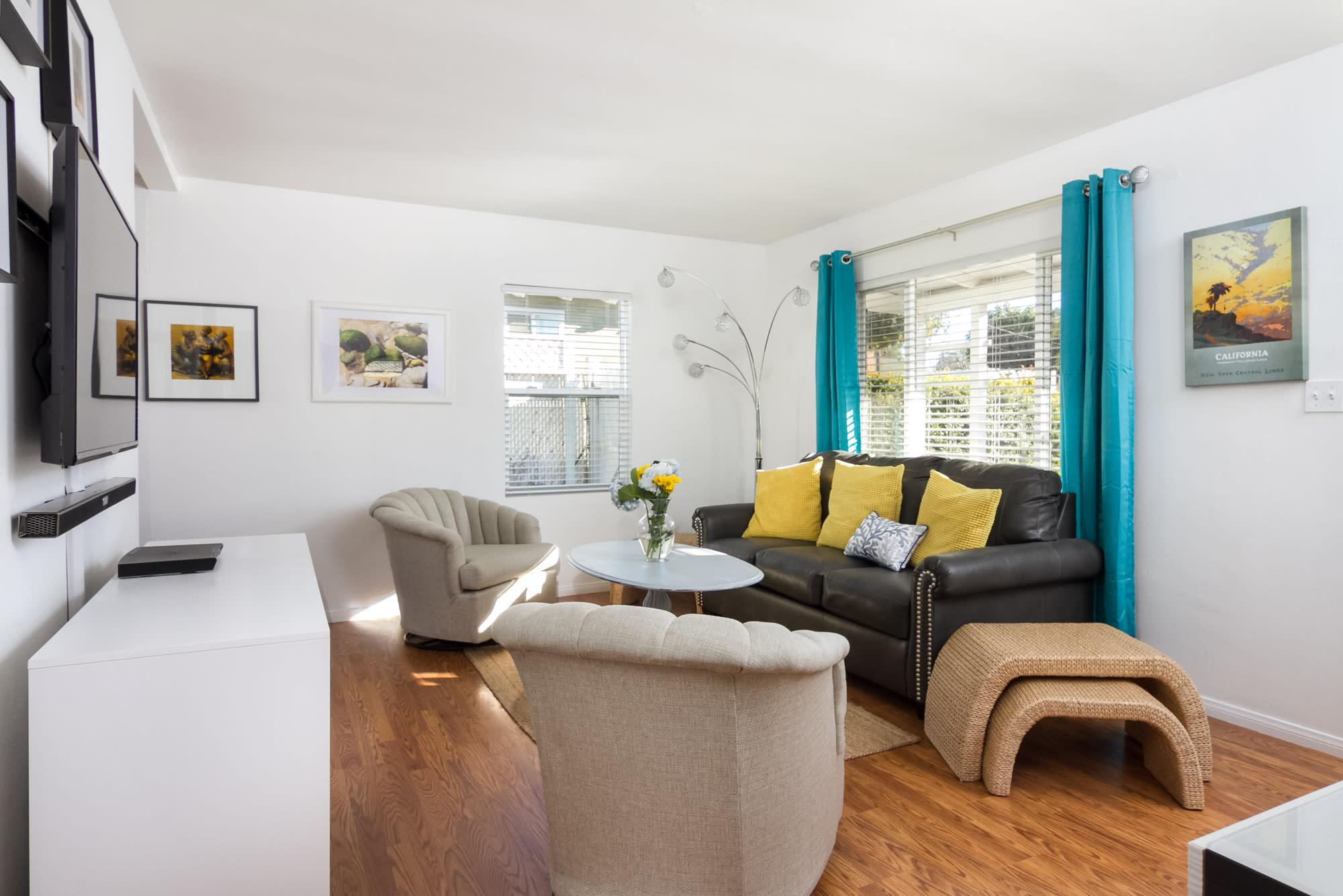 Living Room | Additional Sleeping | Full Sleeper Sofa