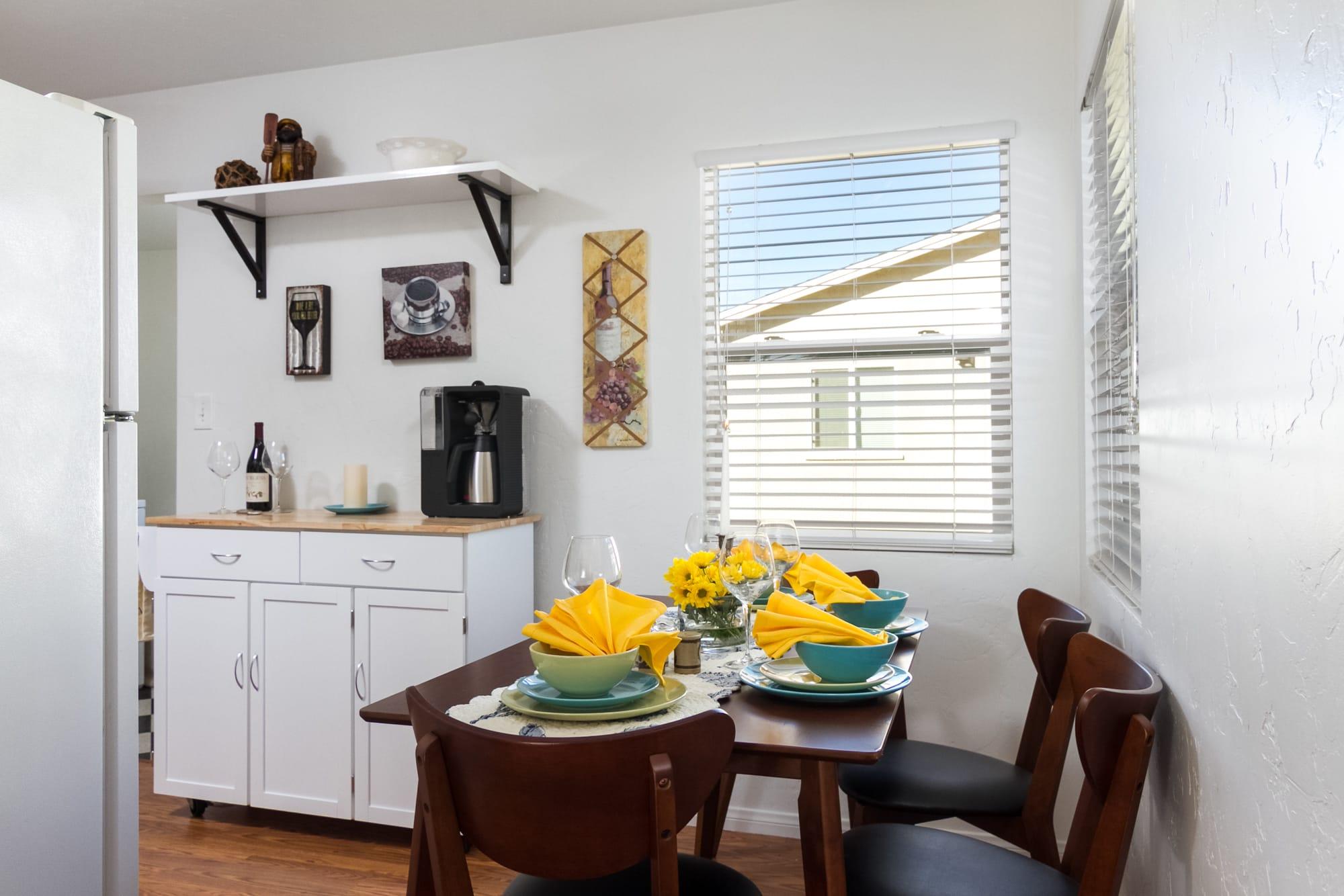 Dining Room | Dishware/Flatware Provided