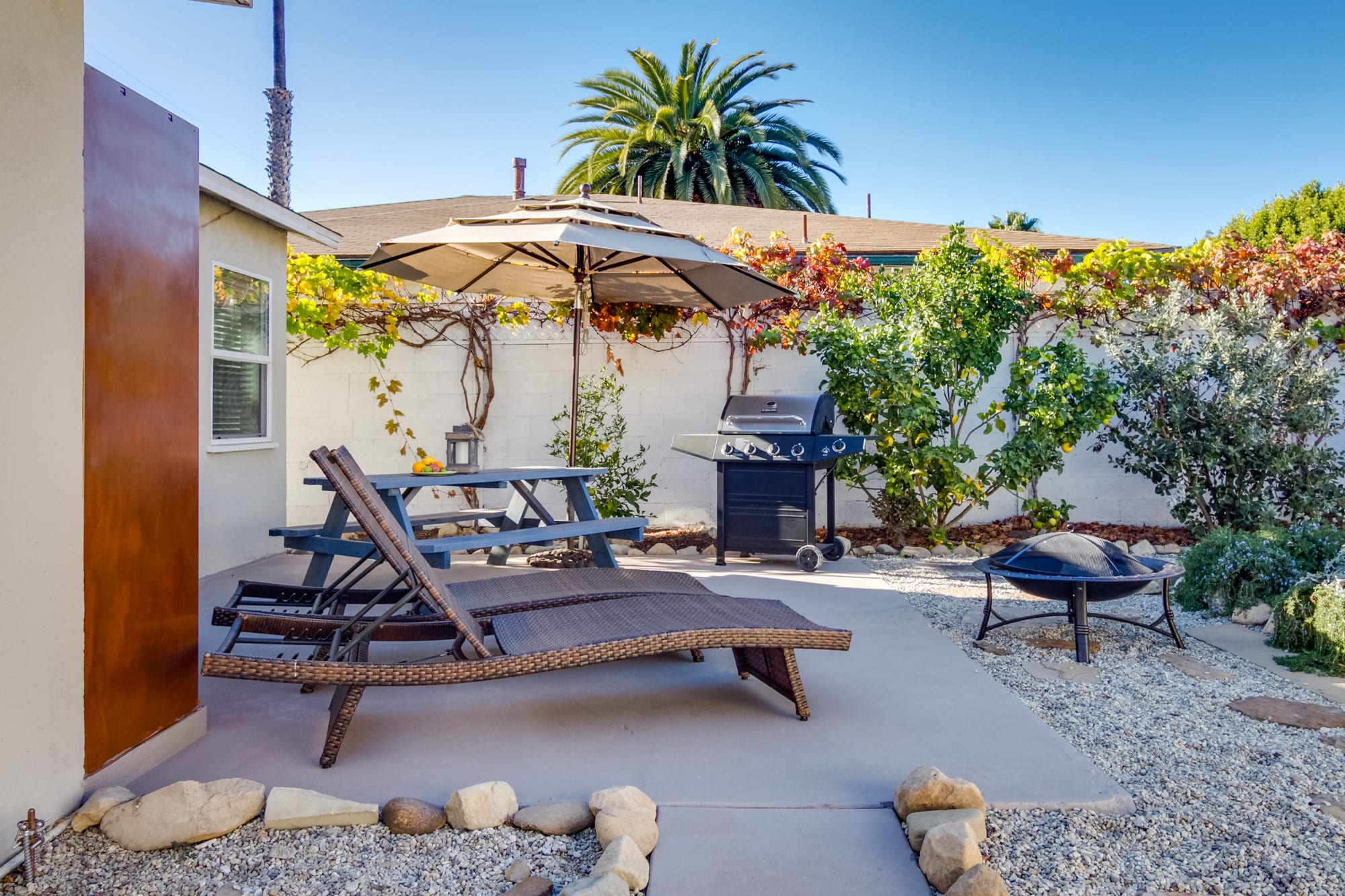 Back Patio | Gas Grill | Fire Pit