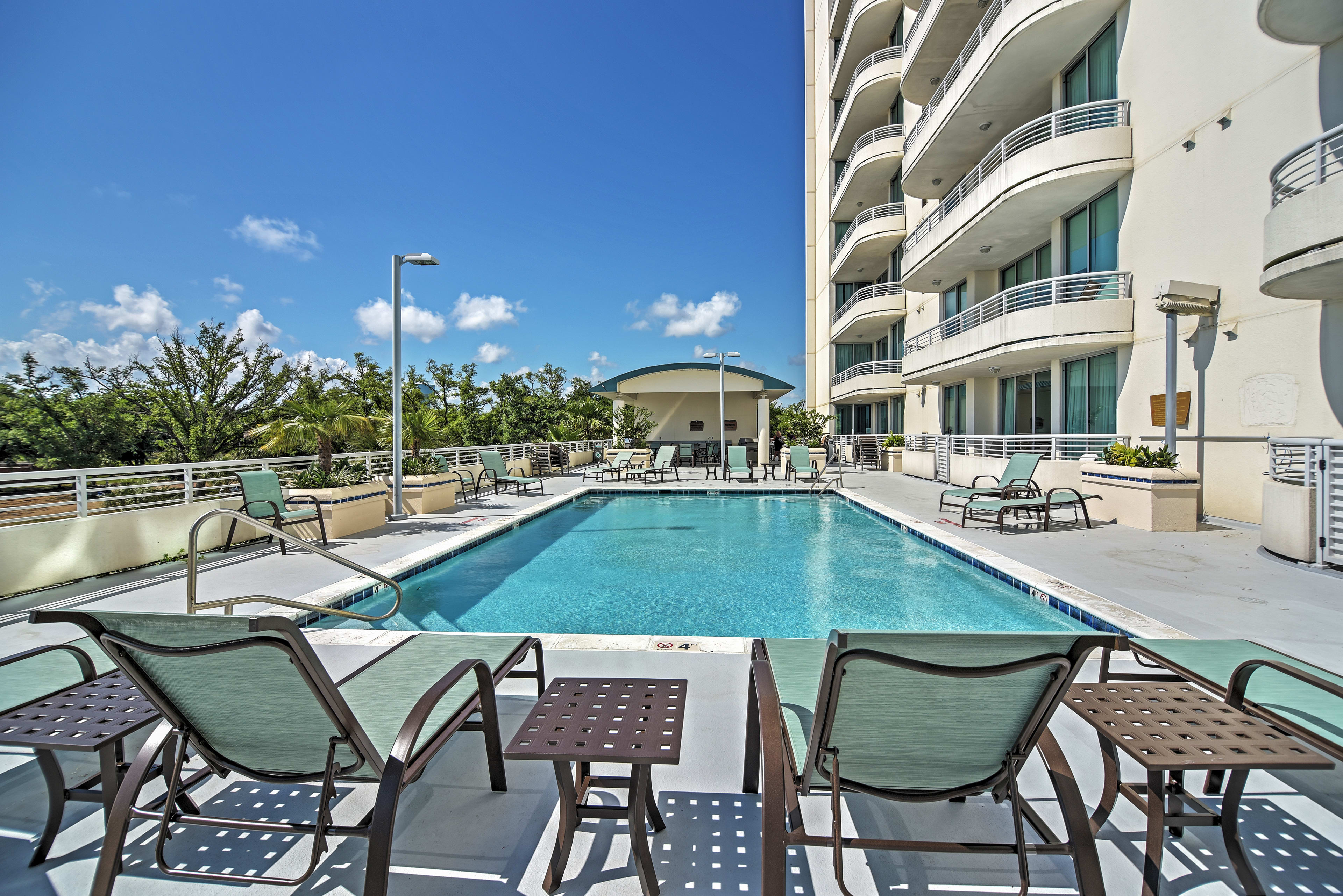 The property boasts access to free club amenities including a sparkling pool!