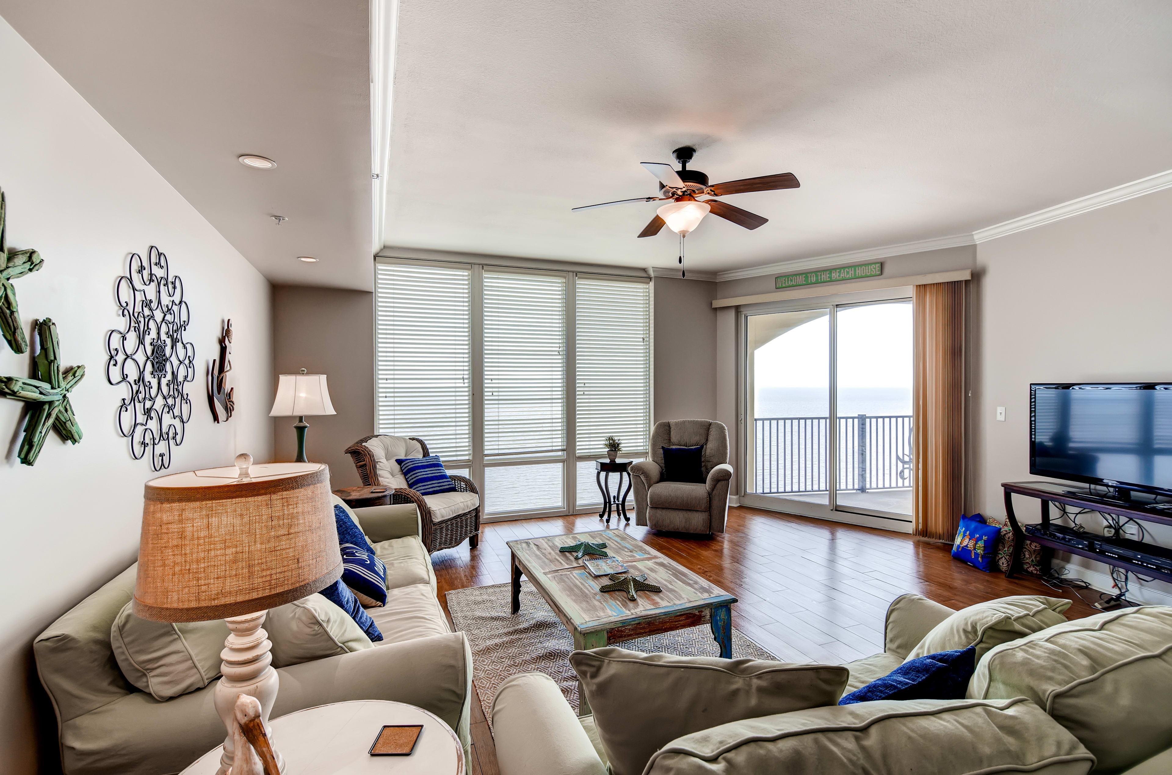 Gulfport Vacation Rental Condo | 3BR | 2BA