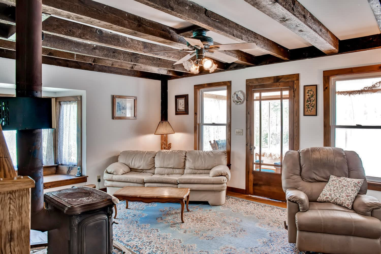 Living Room | Air Conditioning