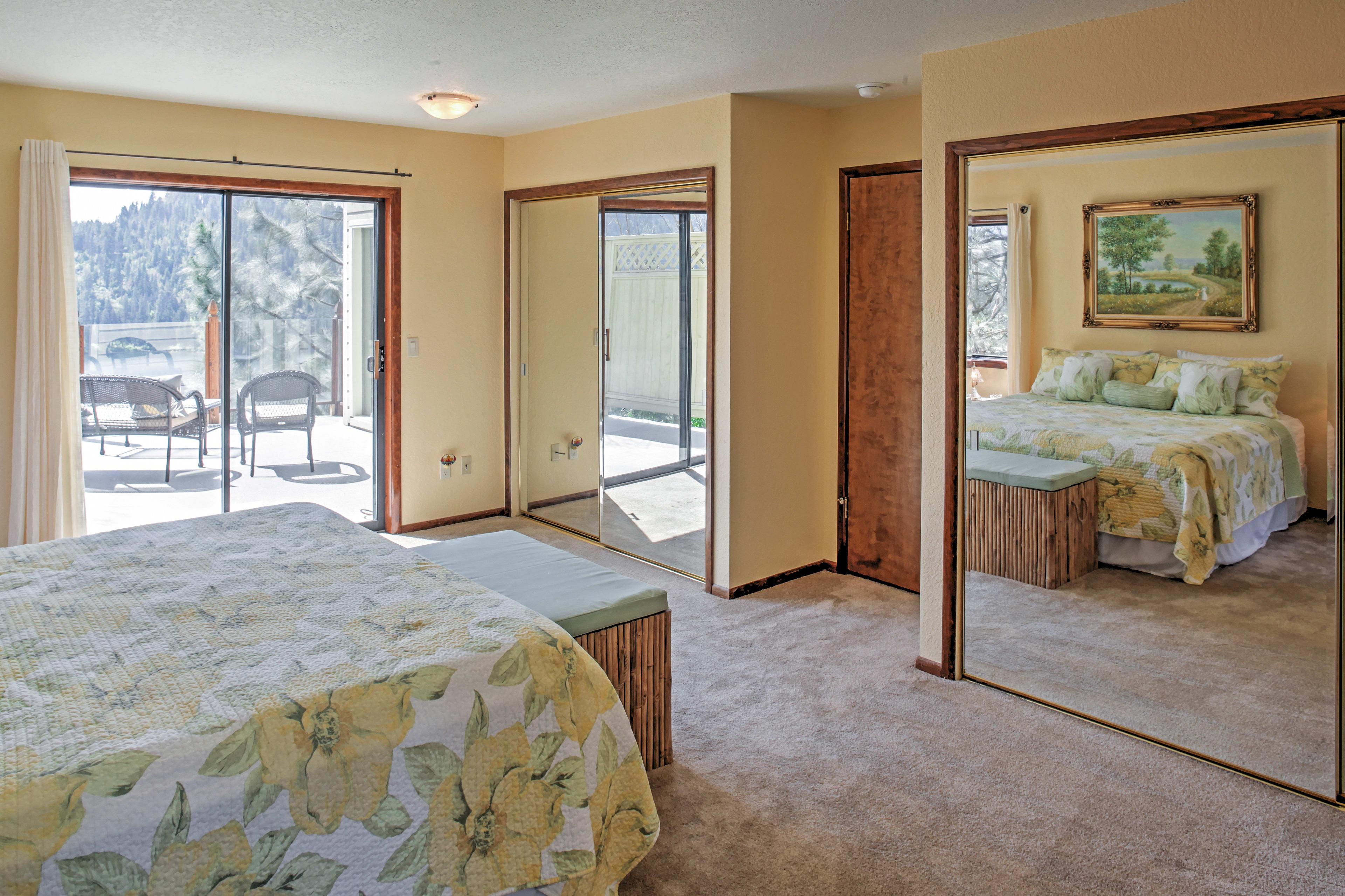 The huge double closets offer generous space to store your belongings!