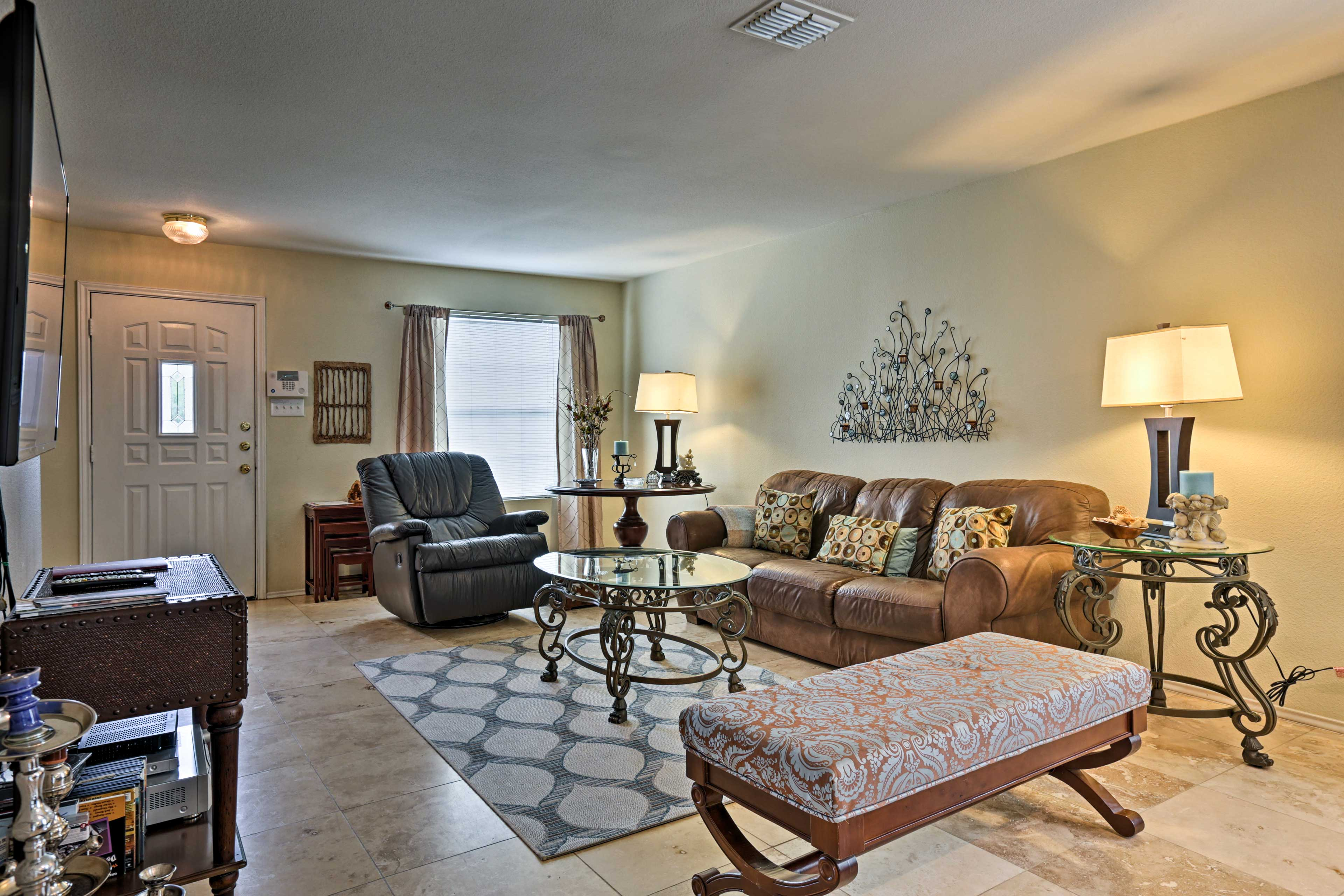 San Antonio Vacation Rental | 2-Story Home | 3BR | 2BA | 2,044 Sq Ft