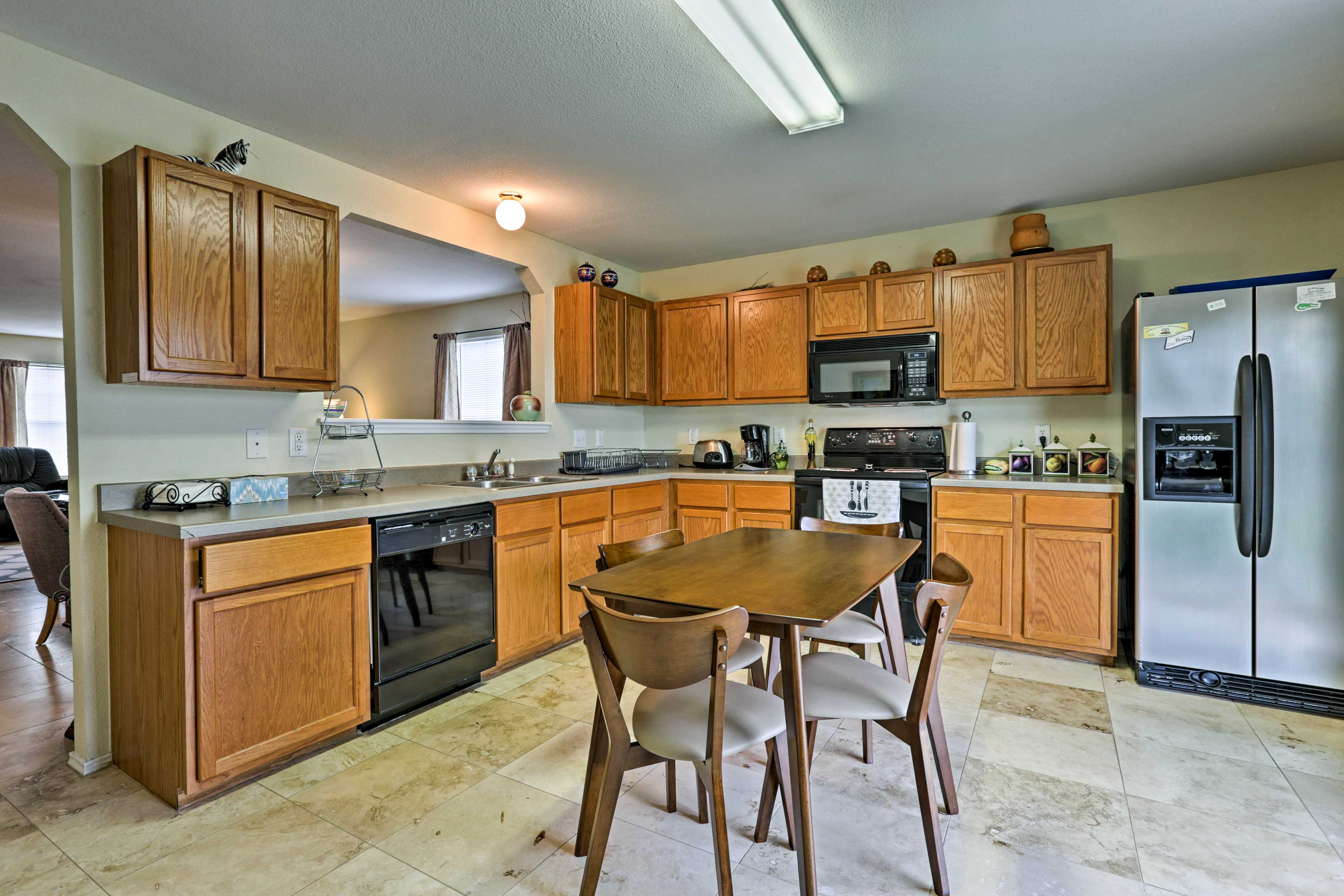 Fully Equipped Kitchen | Drip Coffee Maker | Toaster
