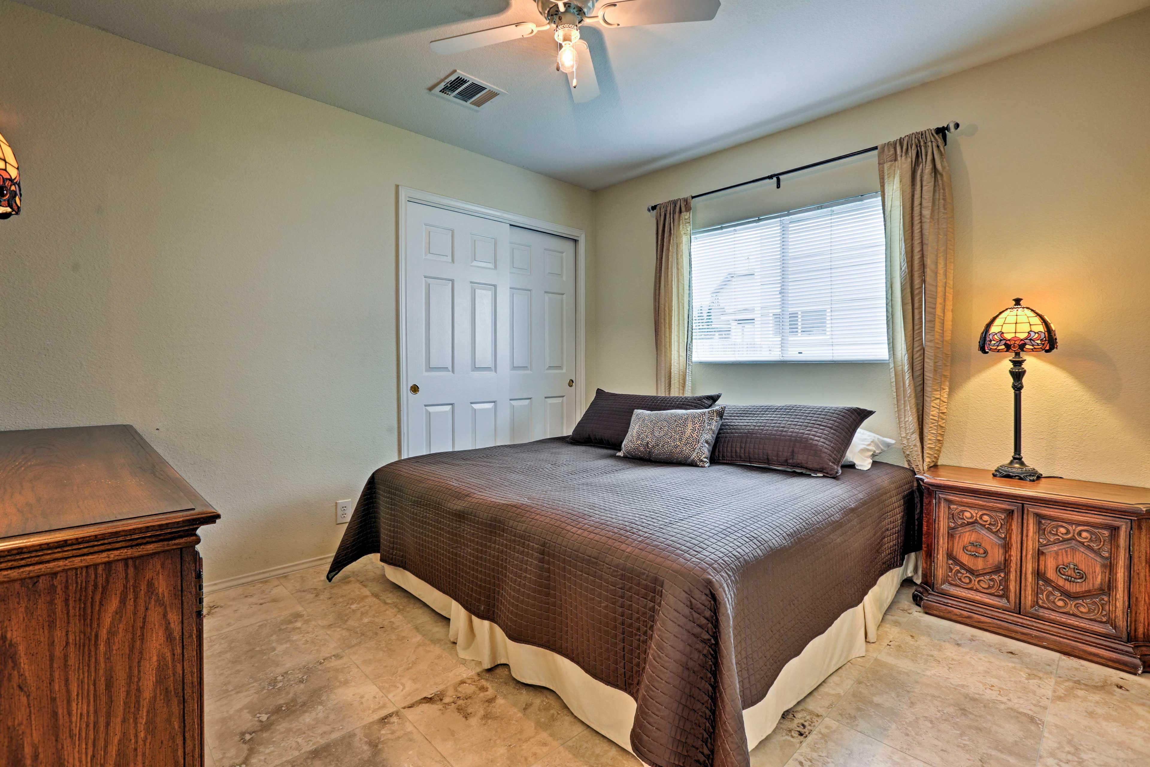 Bedroom 1 | 1st Floor | King Bed