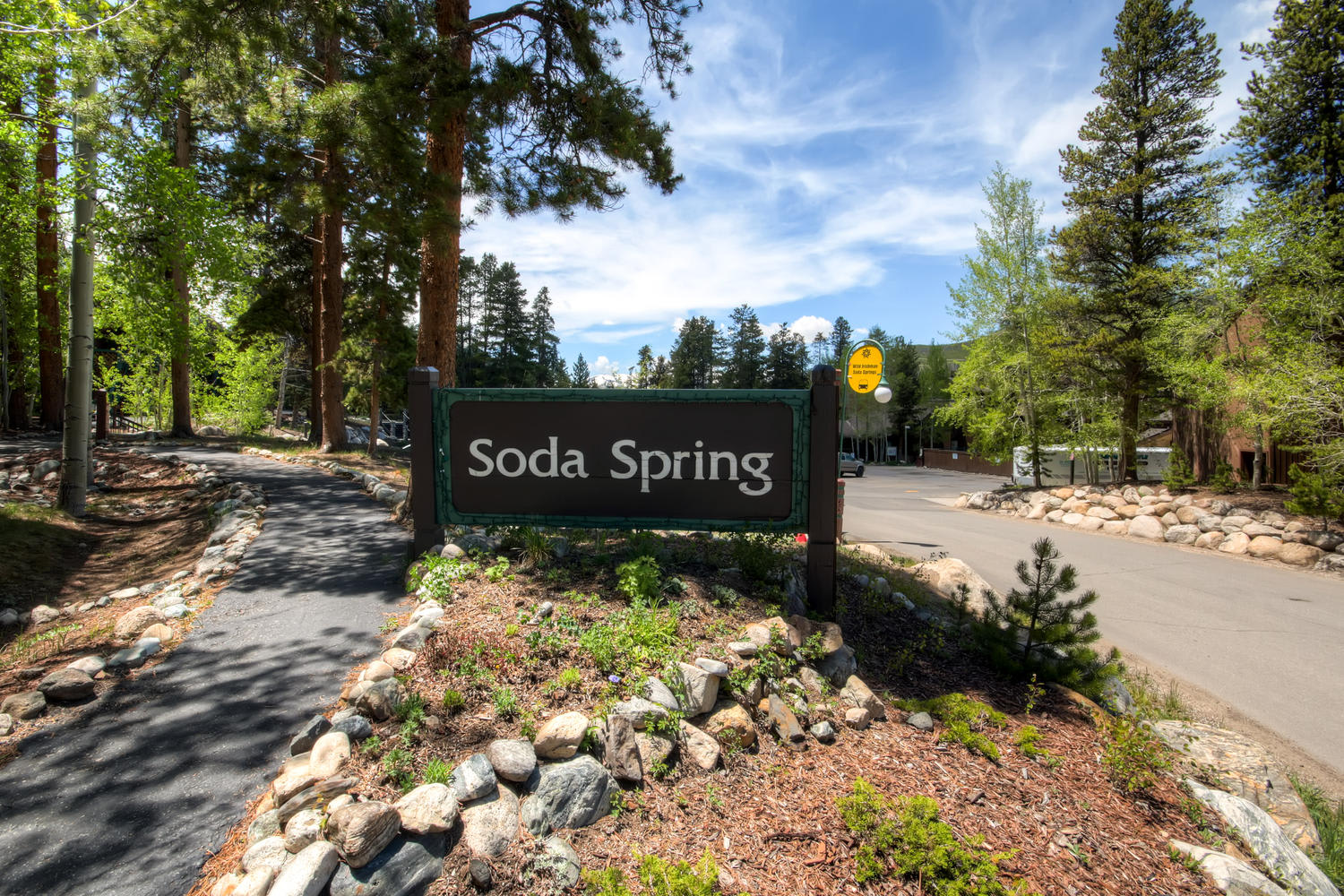 Soda Springs Townhomes Community Living Area
