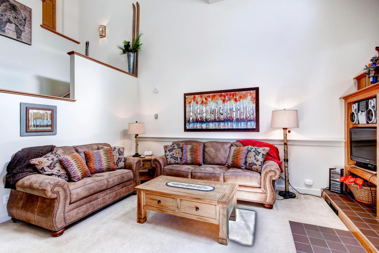 Living Room | King Sleeper Sofa