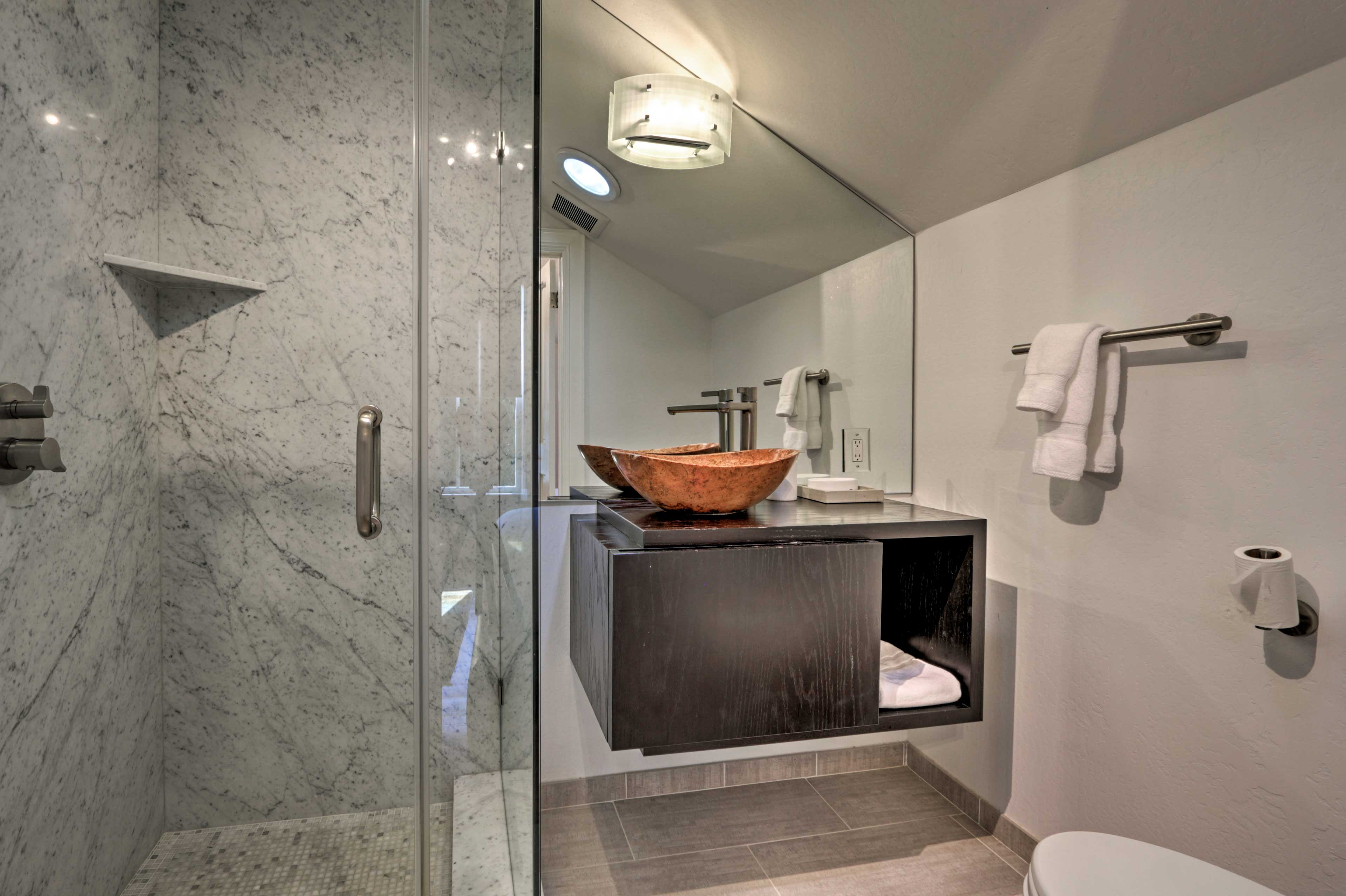 Shower in style in these lavish bathrooms!