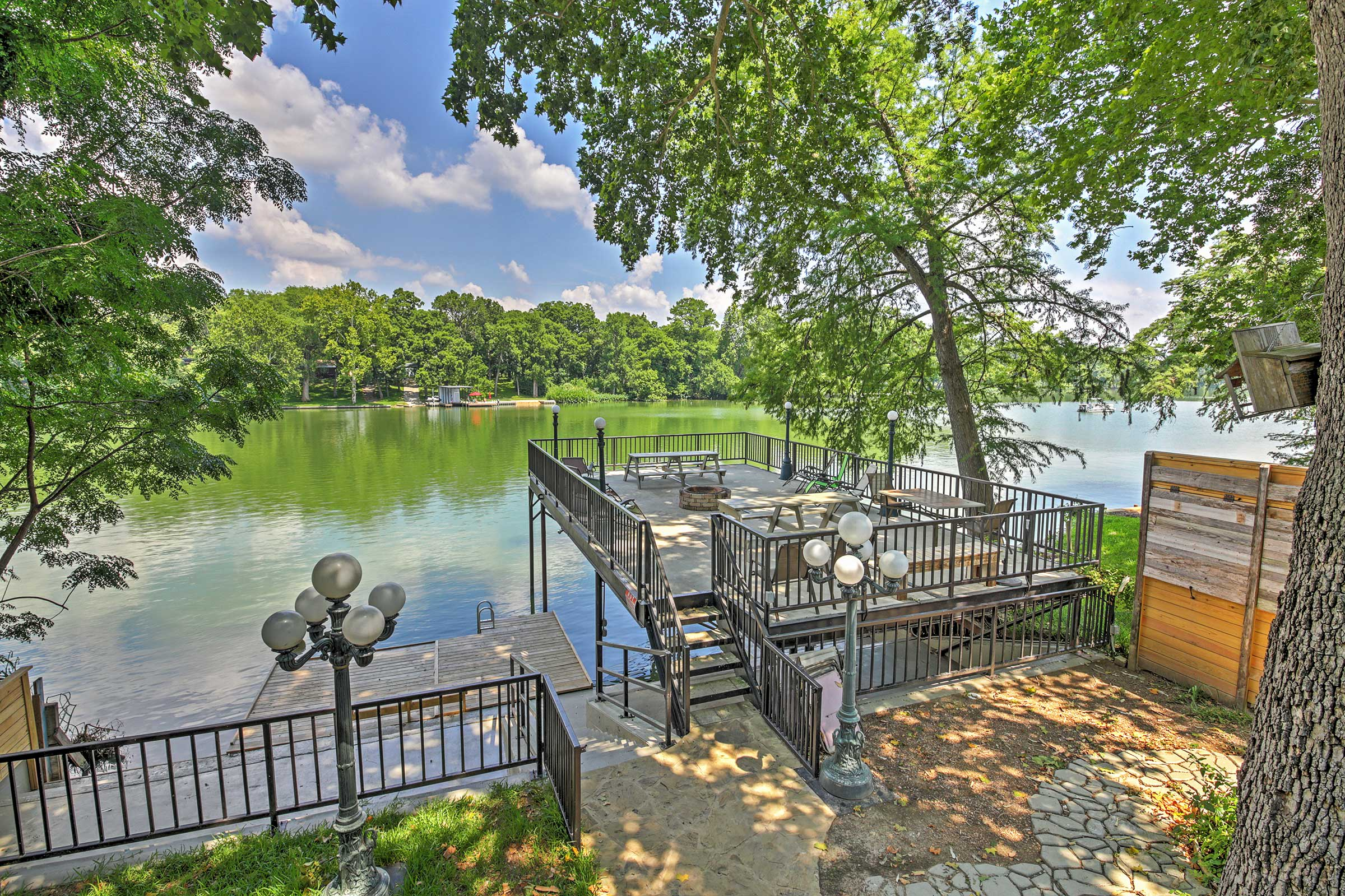 You'll adore the marvelous lake views!