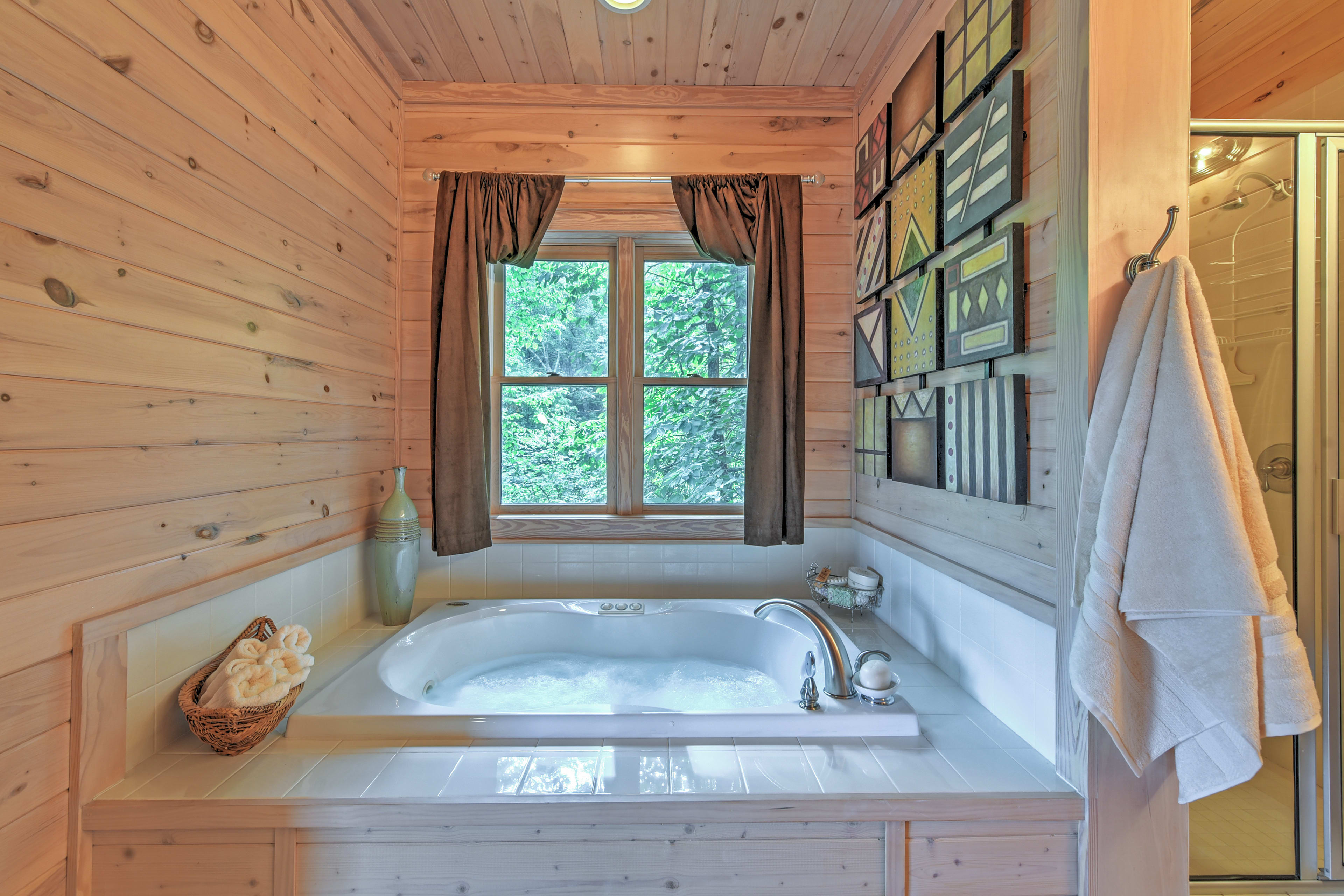 Get some much deserved R&R in the jetted tub!