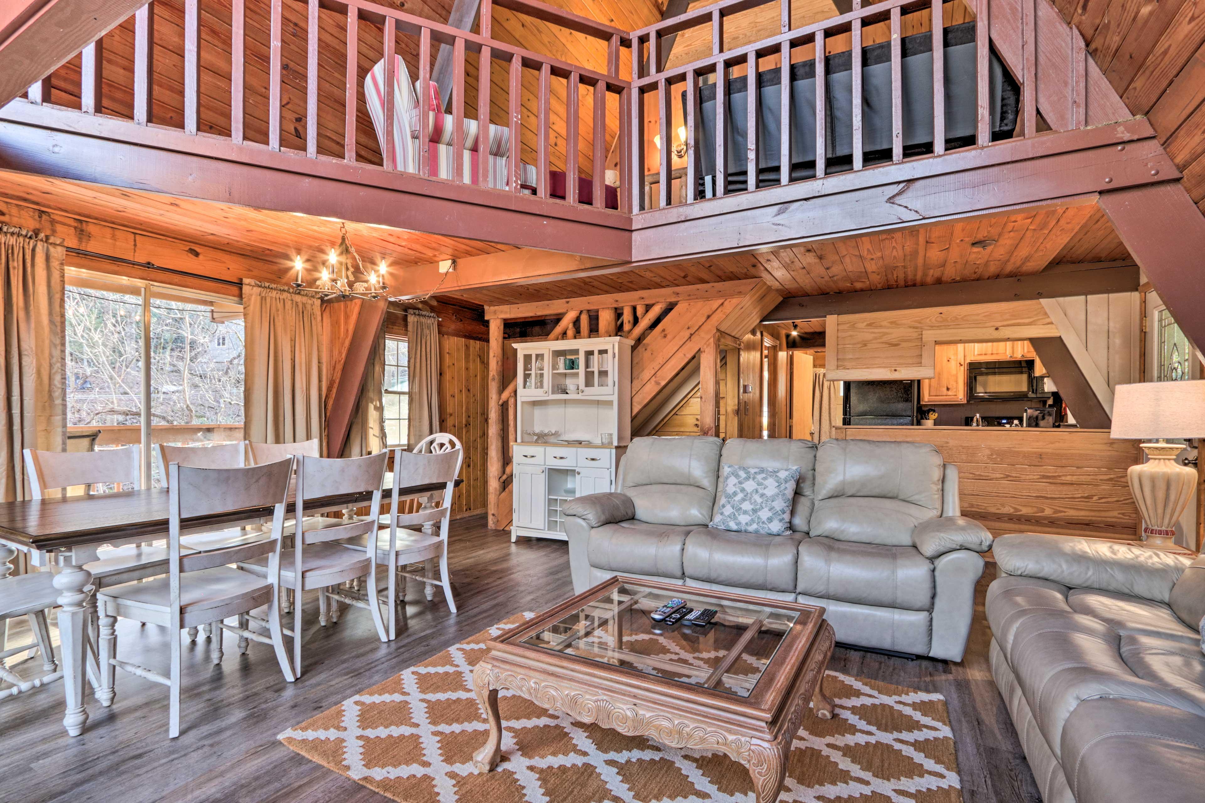 Living Room | Authentic Hardwood Floors