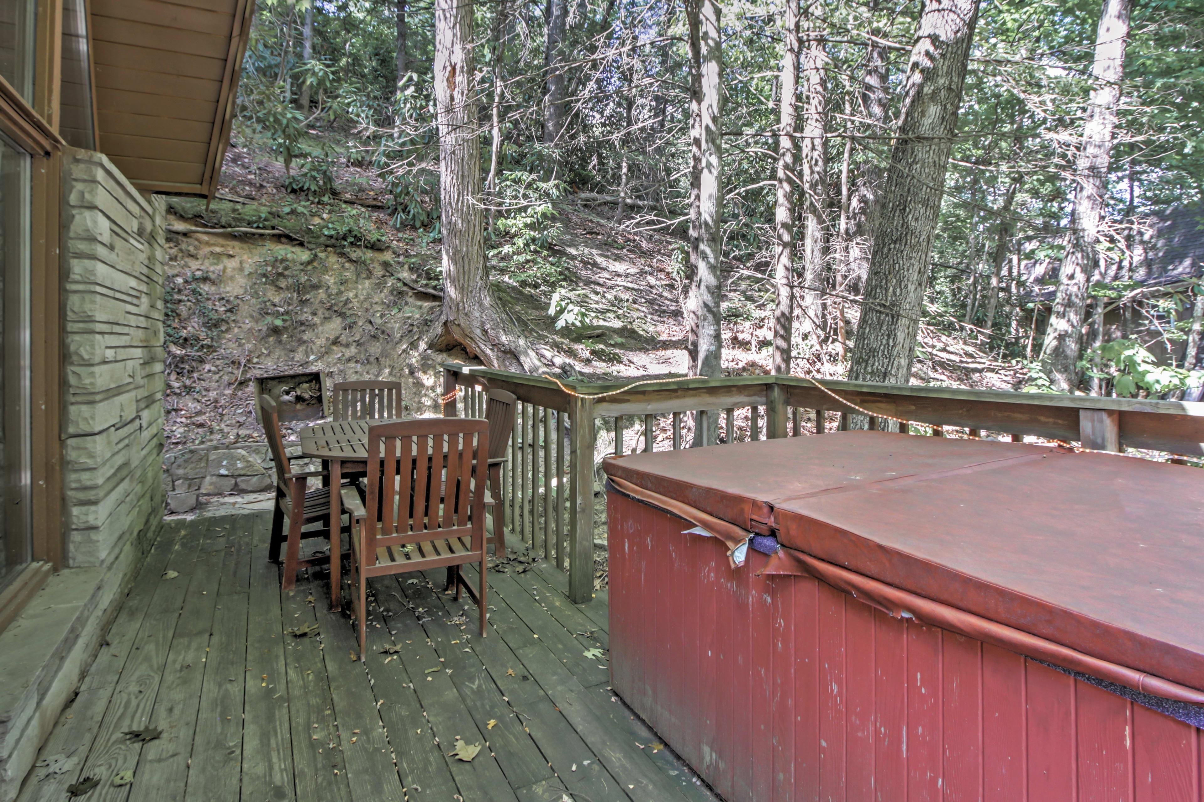 Furnished Deck