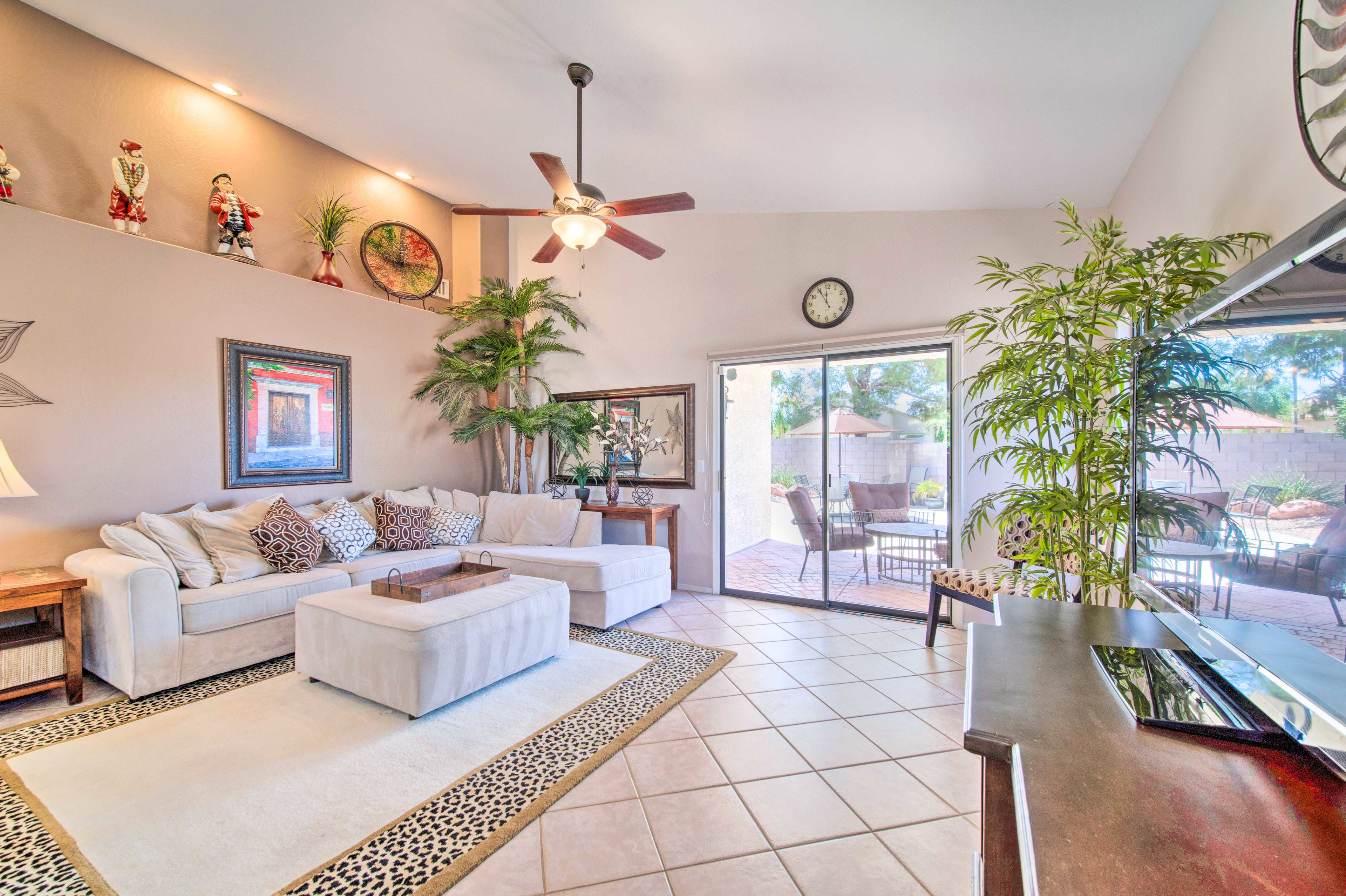 Living Room | Patio Access