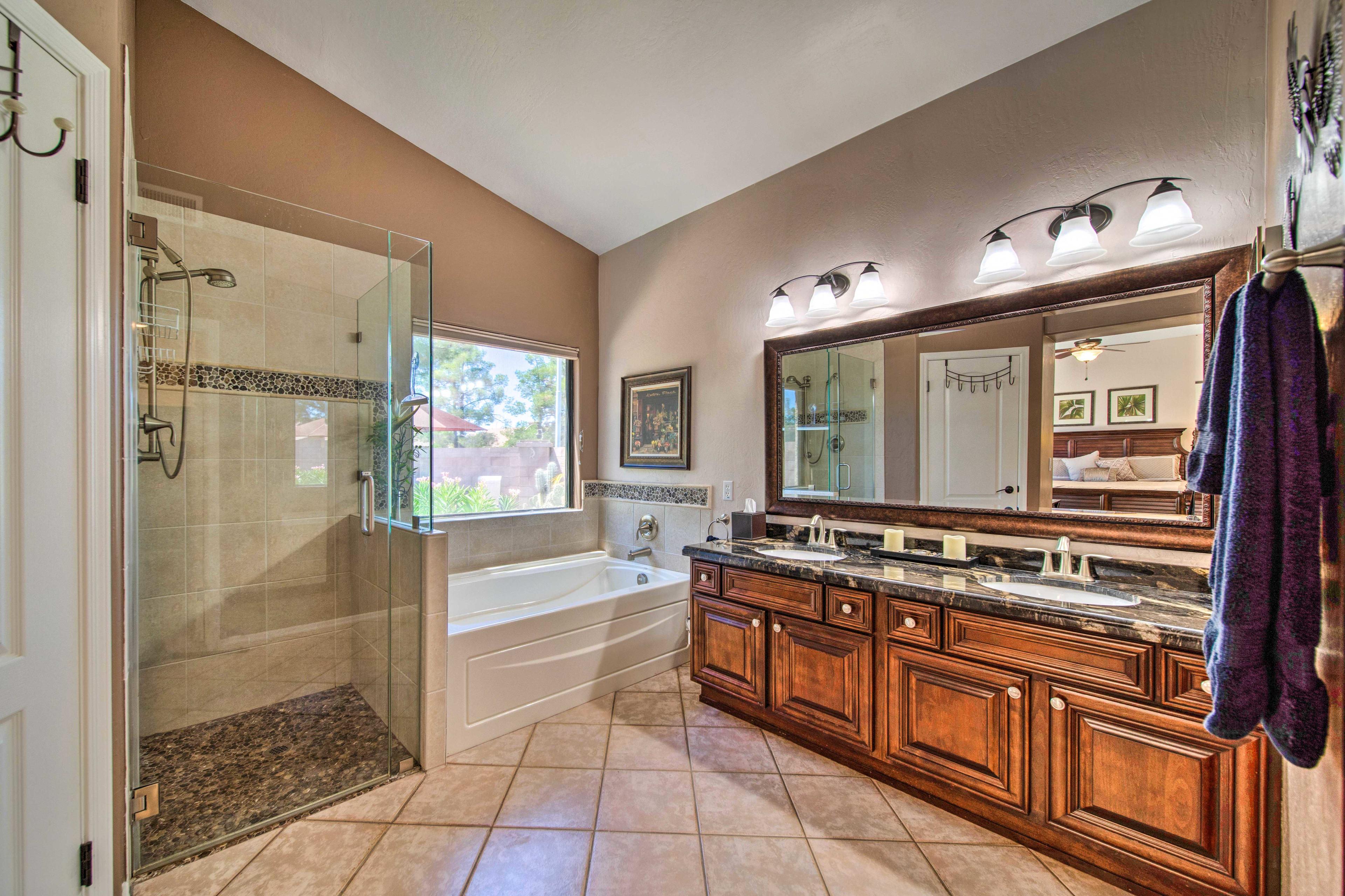 En-Suite Bathroom | Soaking Tub | Walk-In Shower