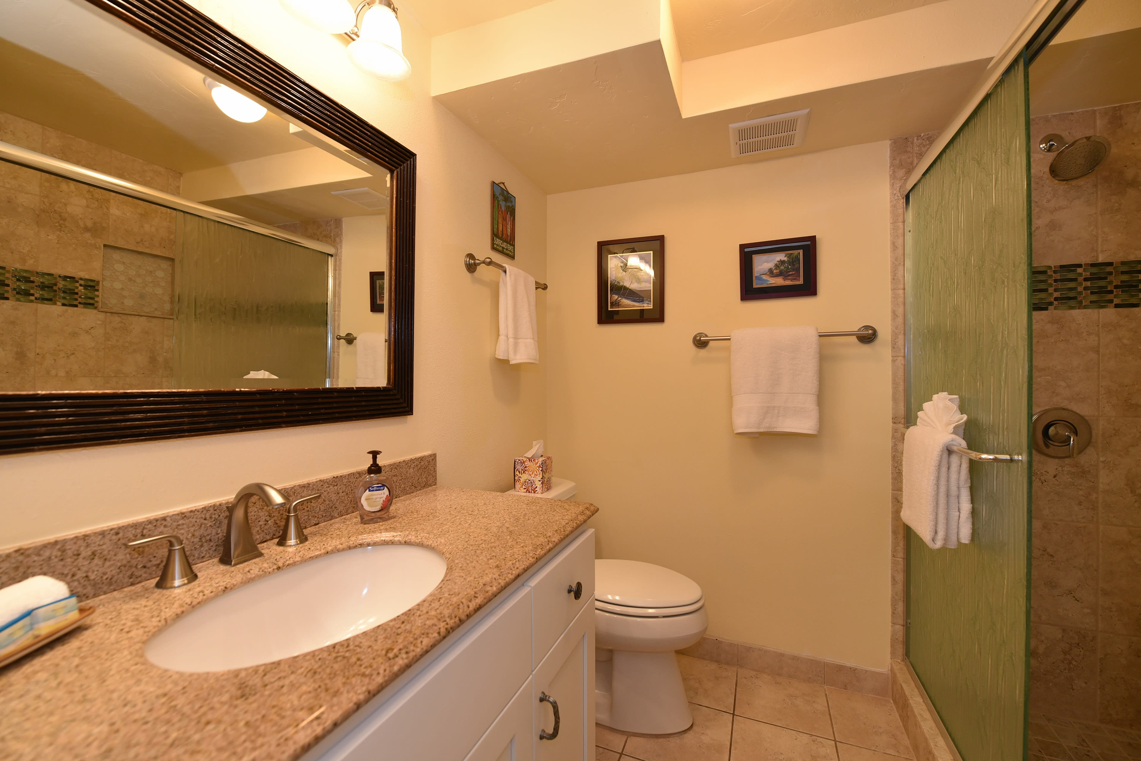 Full Bathroom   Complimentary Toiletries   Towels Provided   Walk-In Shower