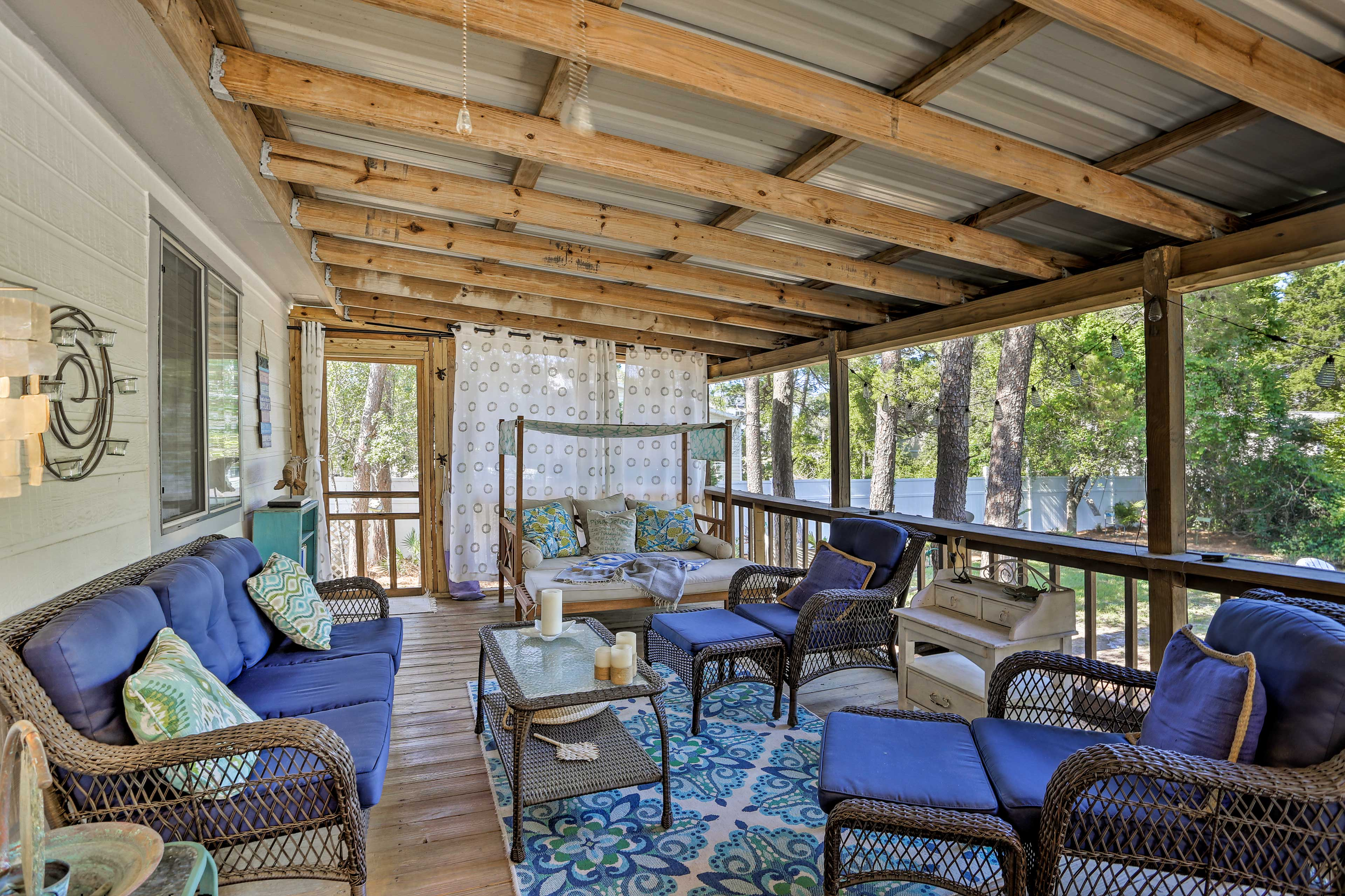 You'll love this wonderful vacation rental cottage in Inlet Beach!