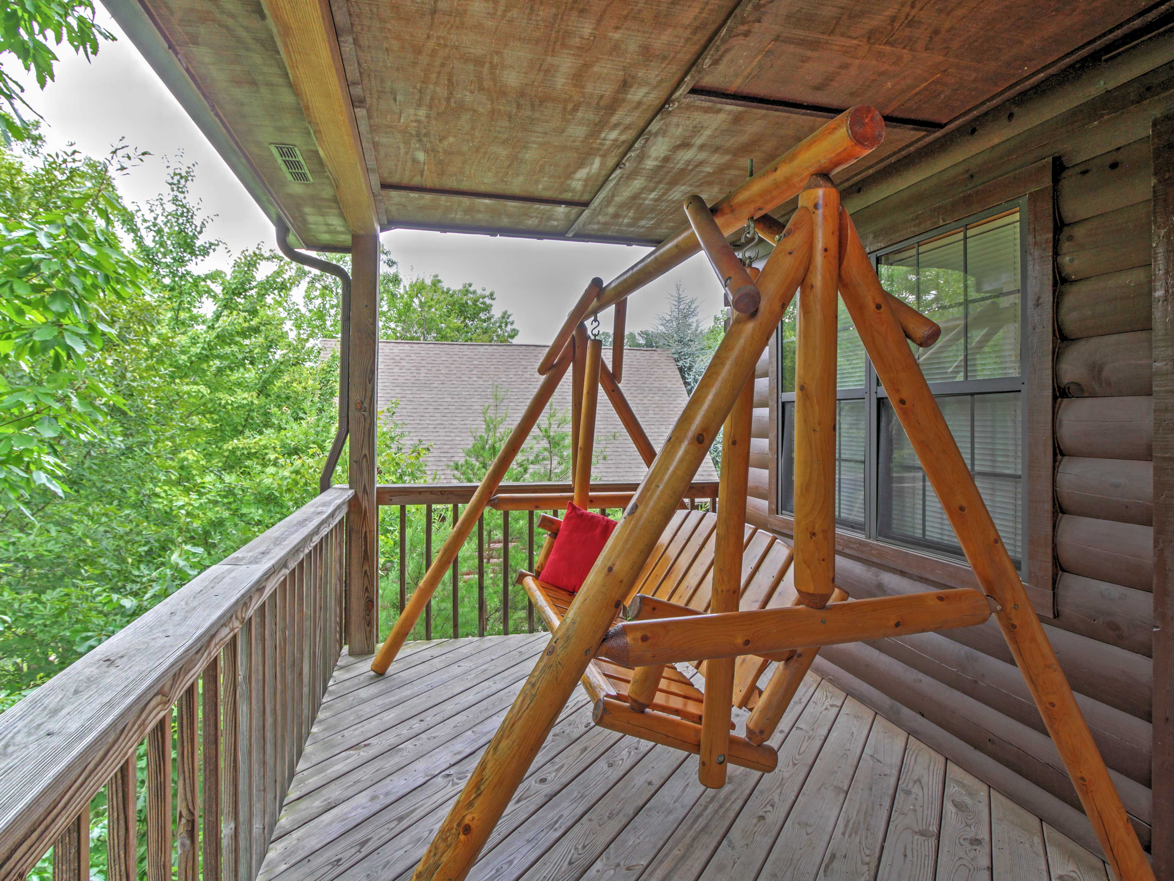 You'll have no problem finding relaxation on the lovely porch swing.