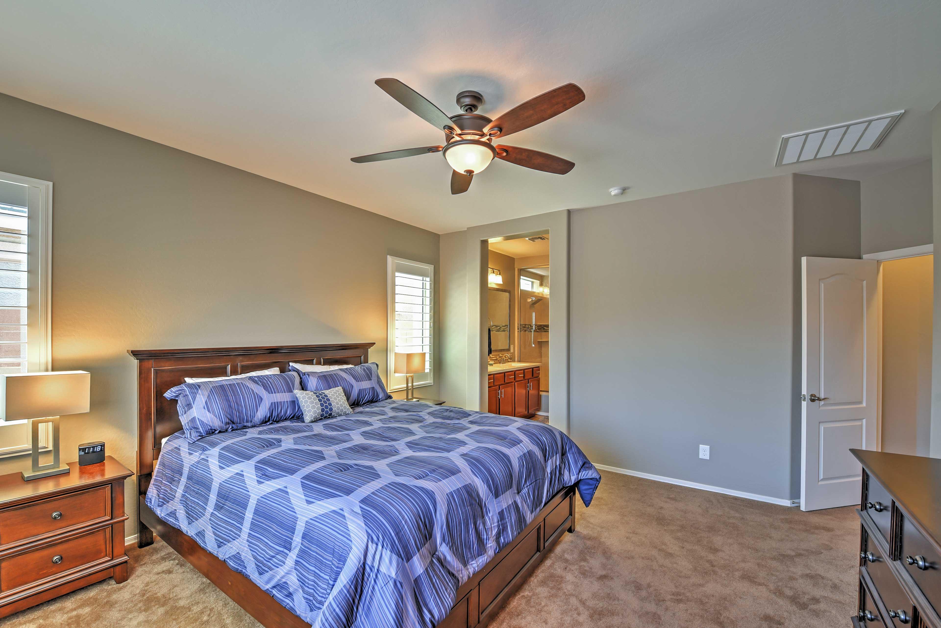 Bedroom 1 | King Bed | En-Suite Bathroom