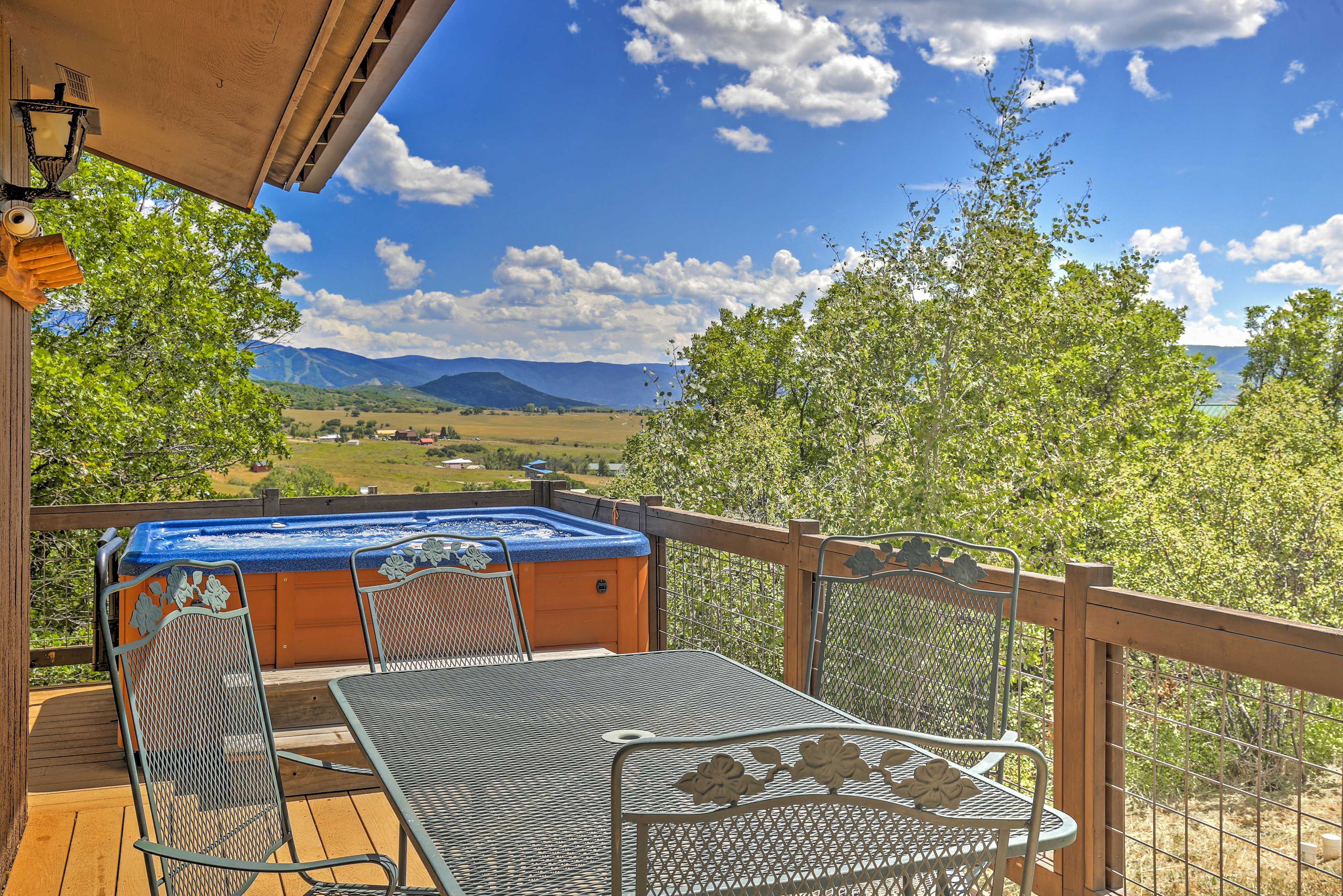 With 300 days of sunshine, Colorado ensures plenty of time outdoors!